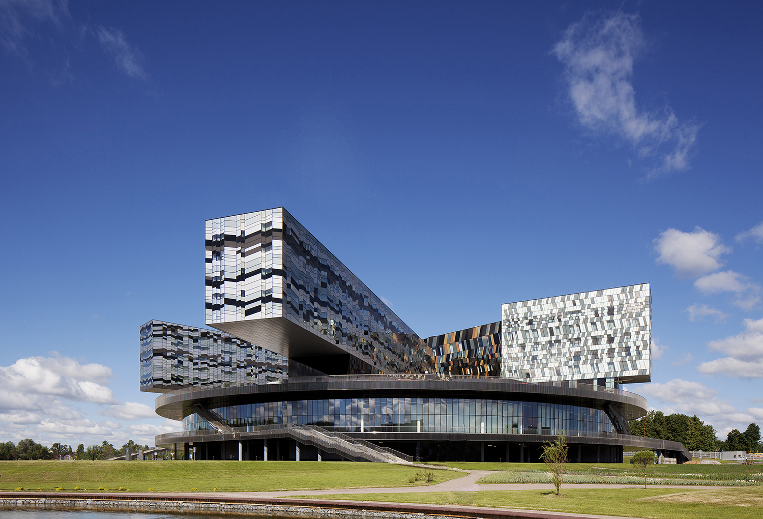 Moscow School of Management, Skolkovo, Russia, 2010. ©Ed Reeve, courtesy of Adjaye Associates.