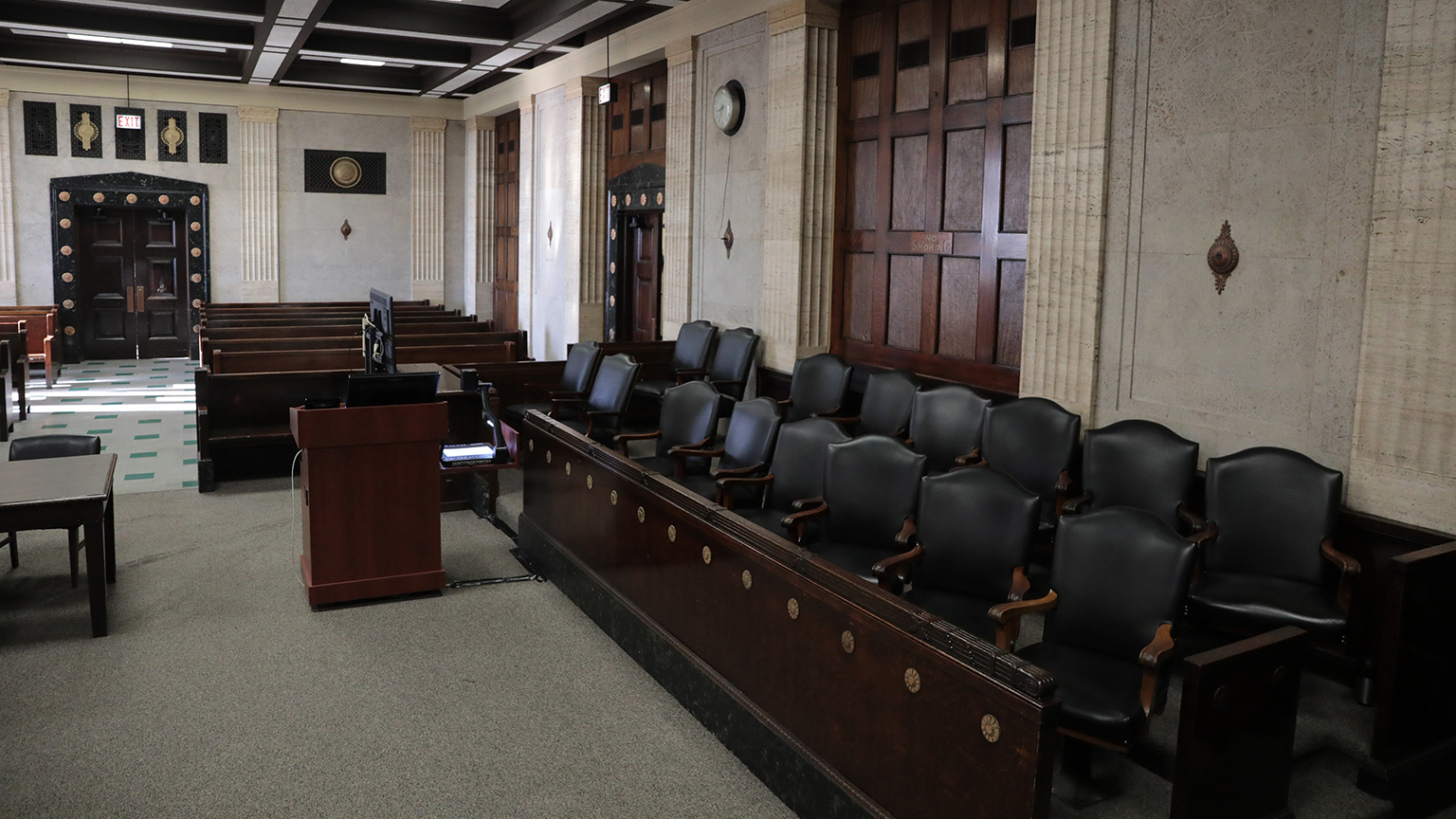 Empty jury box area readied for members of the jury in the courtroom of Judge Vincent Gaughan at the Leighton Criminal Court Building on Tuesday, Sept. 4, 2018. (Antonio Perez / Pool / Chicago Tribune)