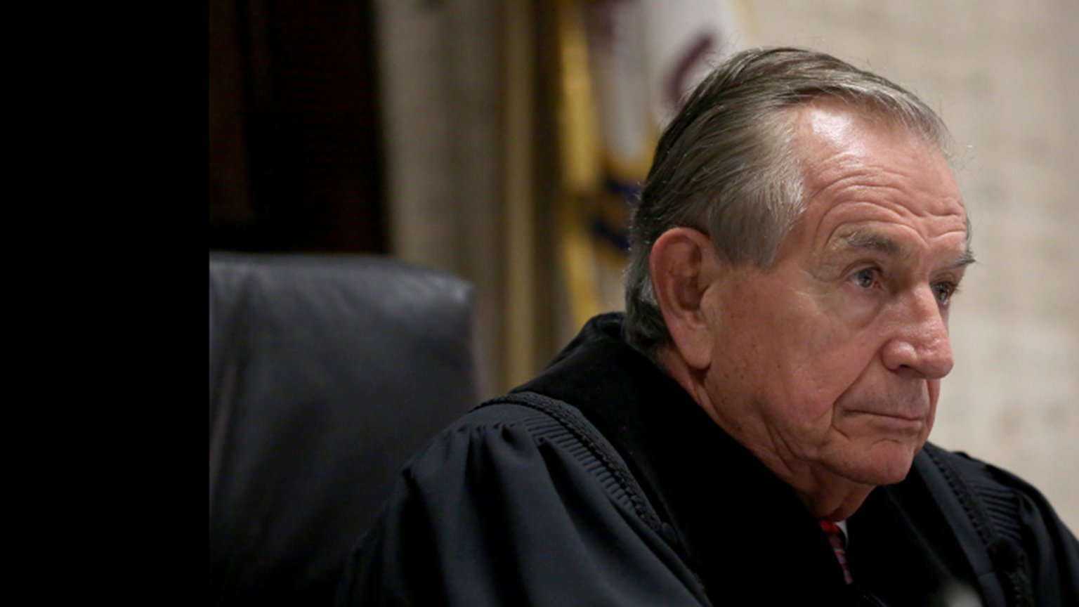 Judge Vincent Gaughan (Nancy Stone / Chicago Tribune / Pool)