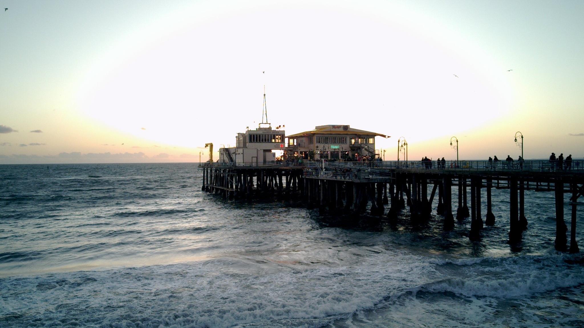 Santa Monica beach. (Chris Samuel / Flickr)