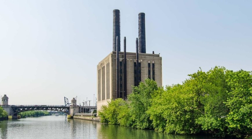 The power station could be repurposed as a data center. (Eric Allix Rogers)