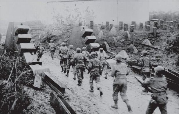 Historian Antony Beevor on 'Ardennes 1944: The Battle of the