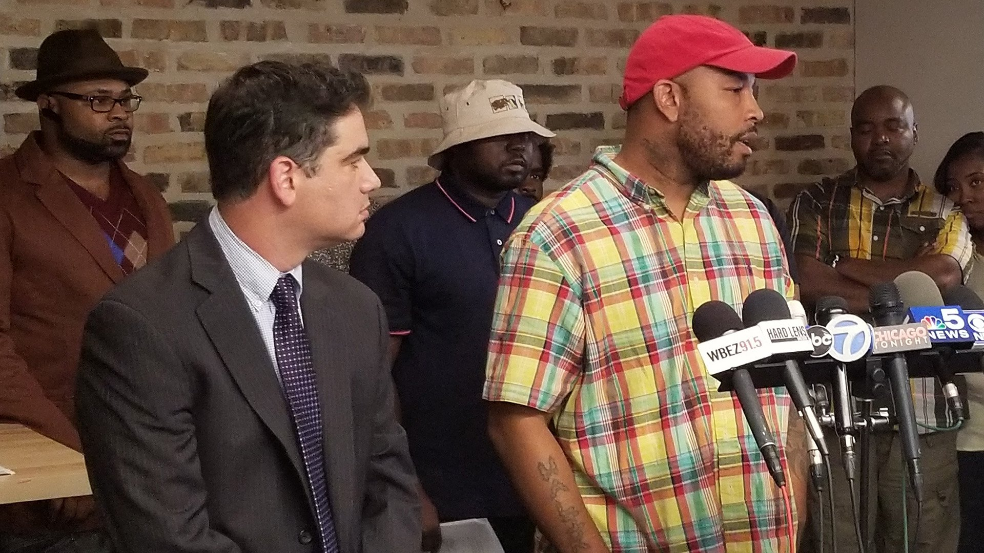 15 Men Seek Exoneration in Lawsuit Claiming Chicago Police