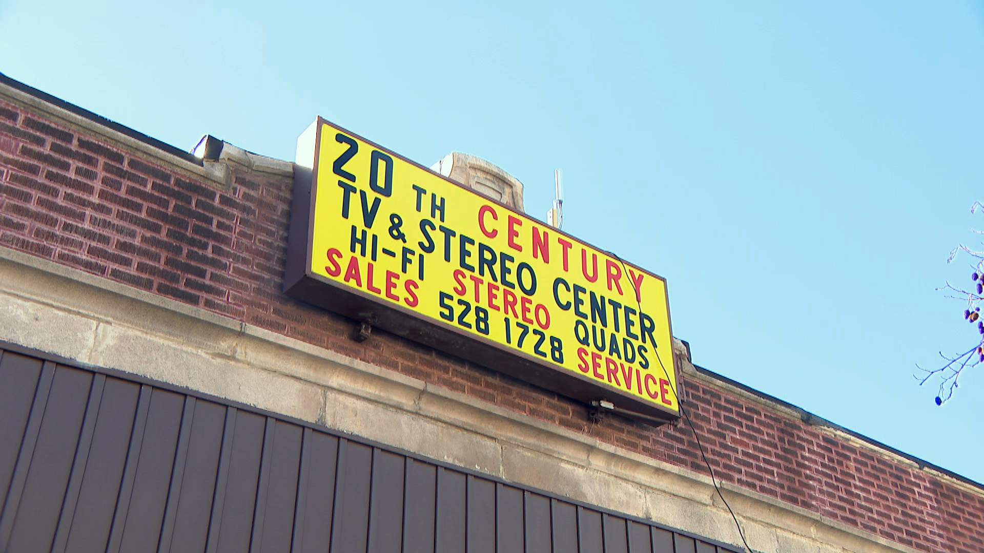 Longtime North Side Electronics Repair Shop Struggling to