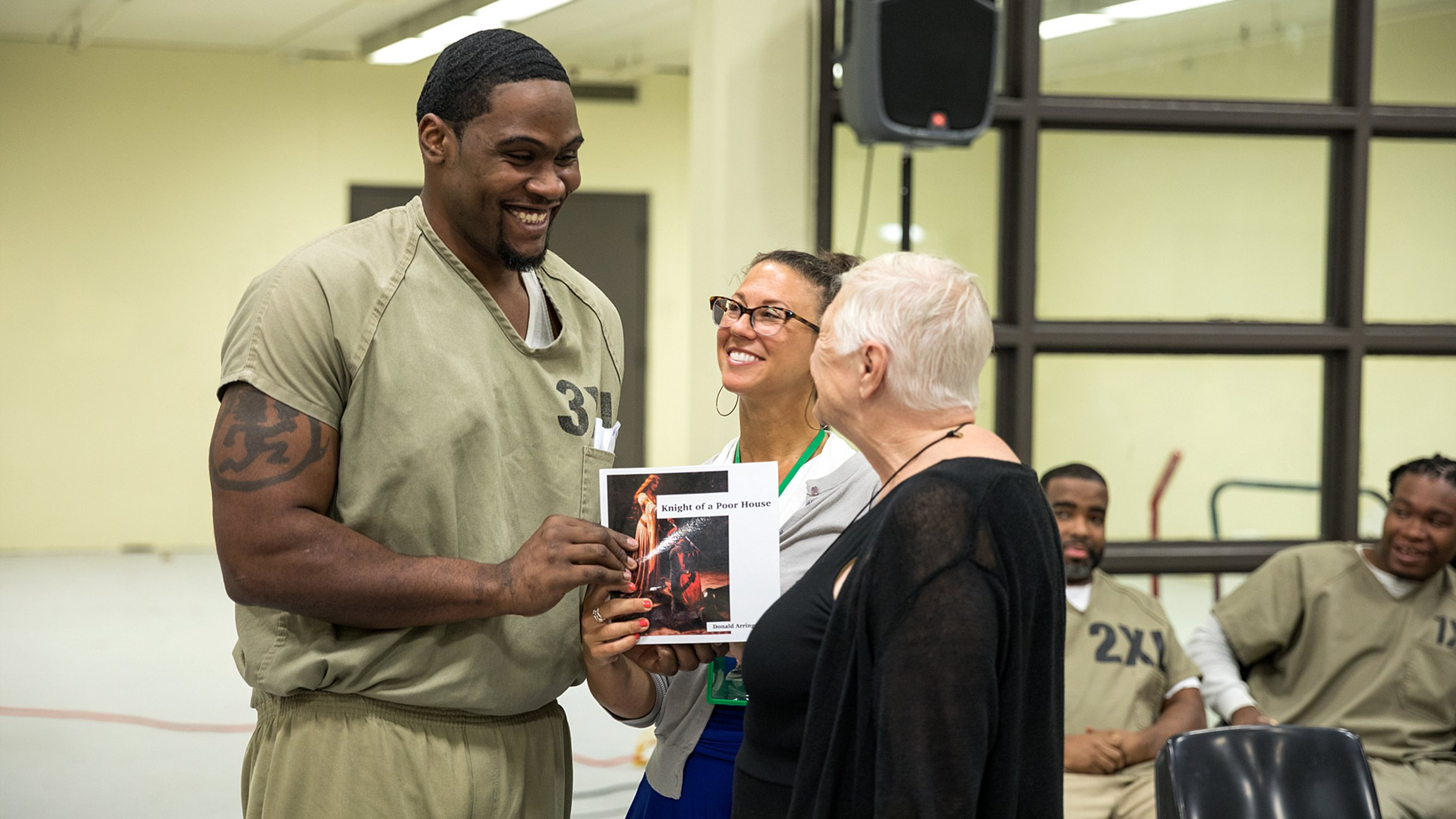 Writing Memoirs at Cook County Jail Helps Detainees Earn New