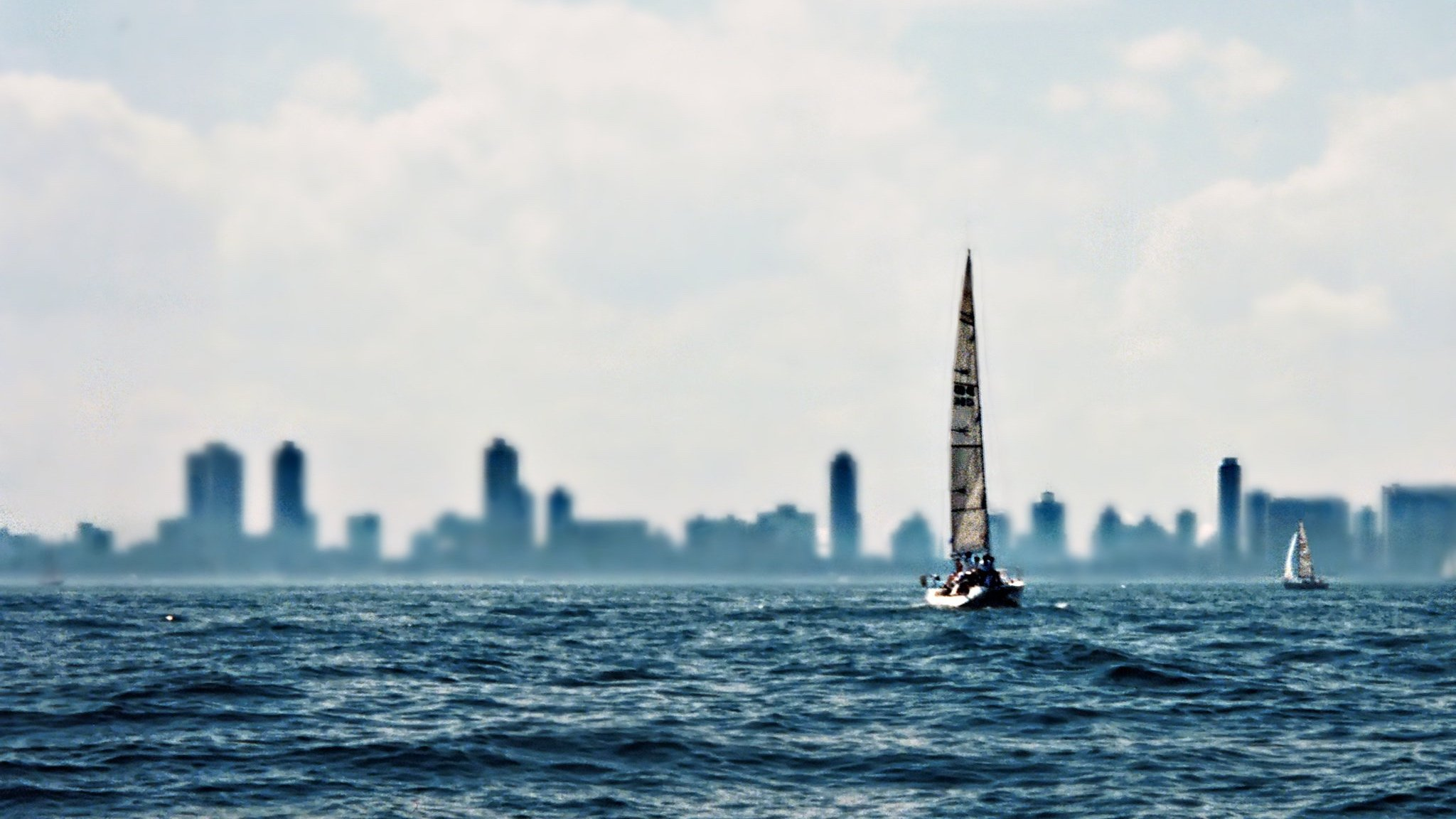 Come On In, The Water's Comfy! Lake Michigan is 10 Degrees Warmer Than 2019 - WTTW News