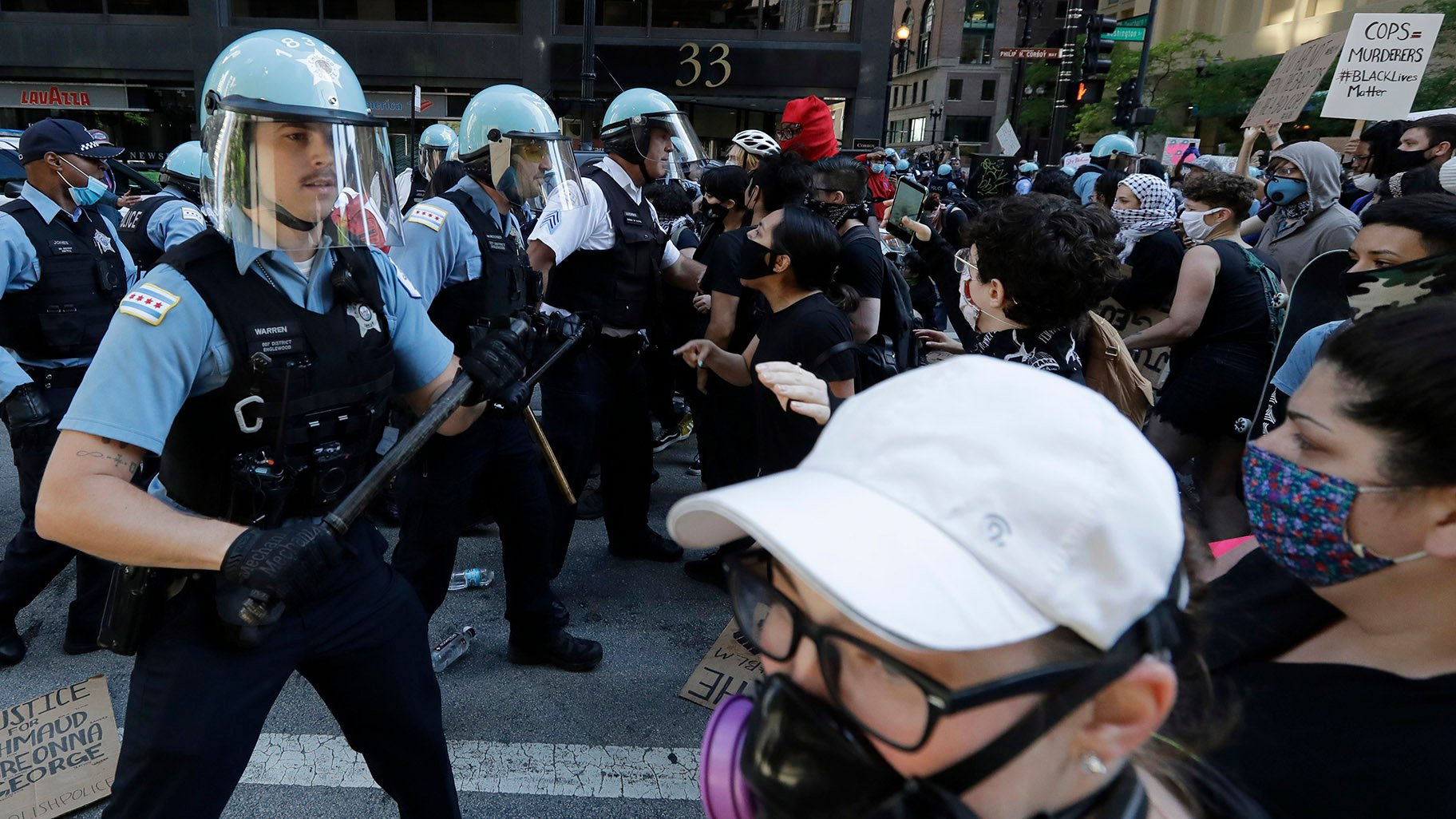 George Floyd Protests 1 258 Arrested 130 Police Officers Injured In Chicago Chicago News Wttw