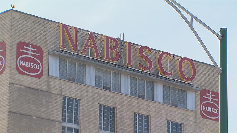 nabisco layoffs and chicago s manufacturing future chicago news wttw