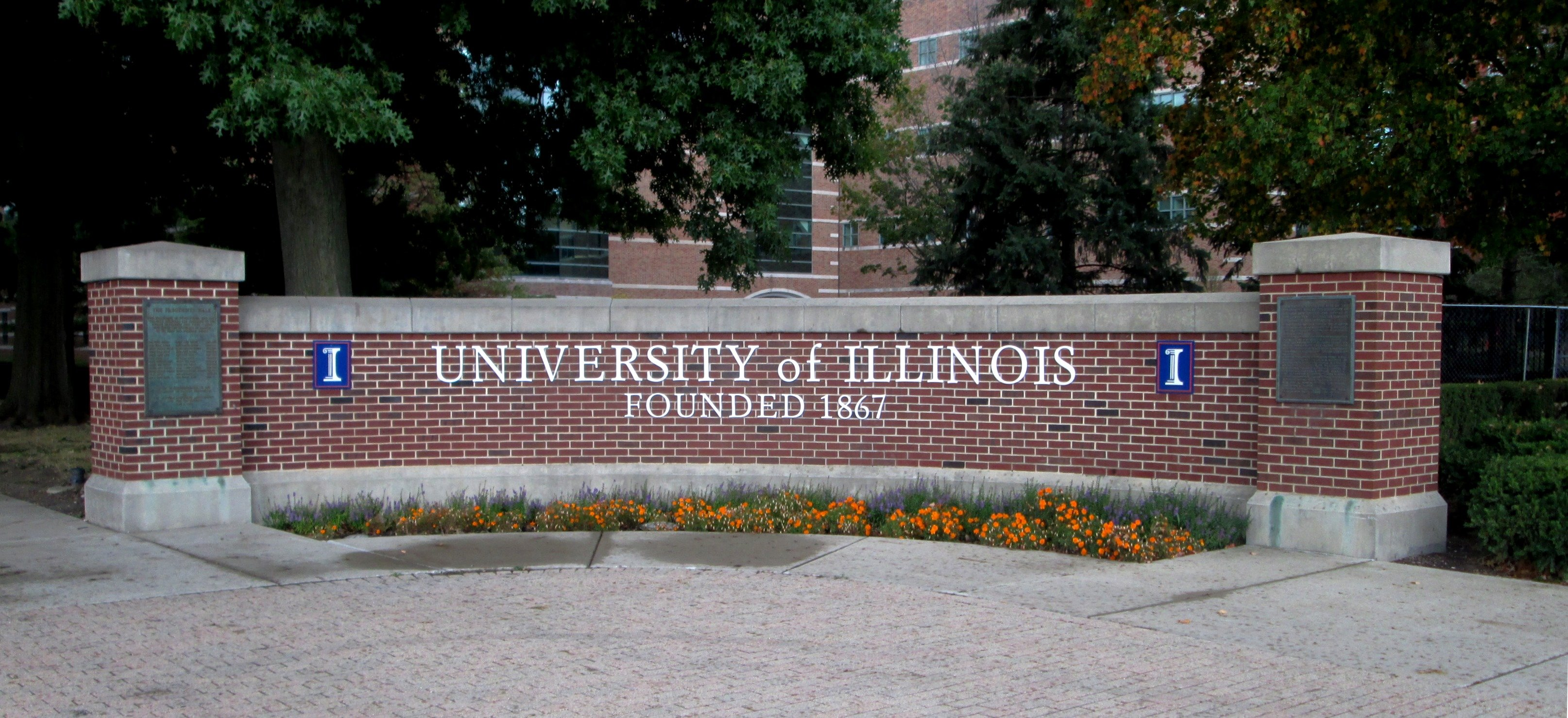 U Of I In Spotlight After Chancellor 39 S Resignation