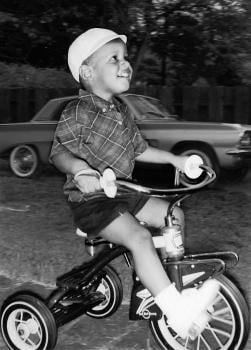 Obama as a toddler; image credit: Obama for America