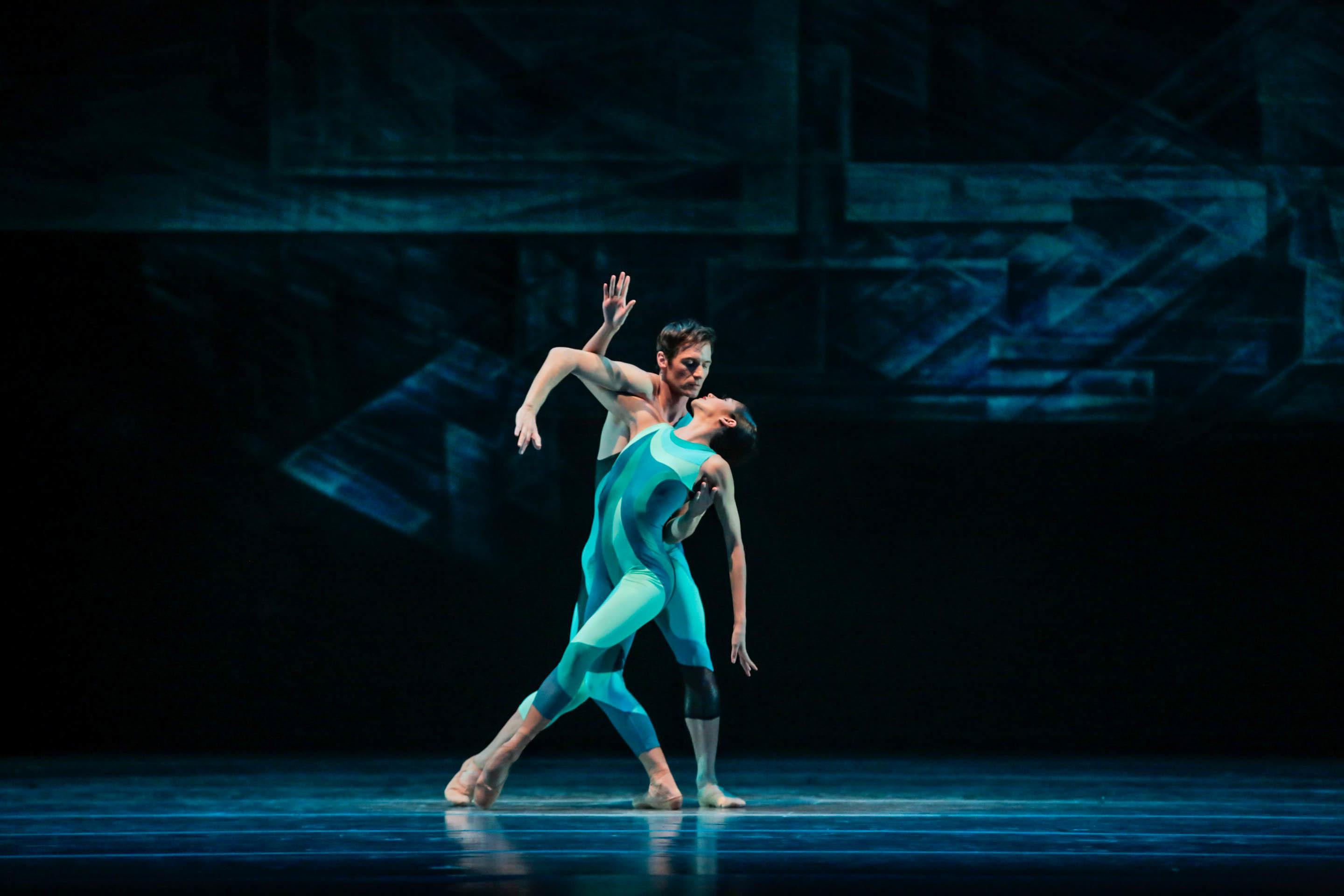 "Dancers Rory Hohenstein and Christine Rocas in ""Beyond the Shore."" (Photo by Cheryl Mann)"