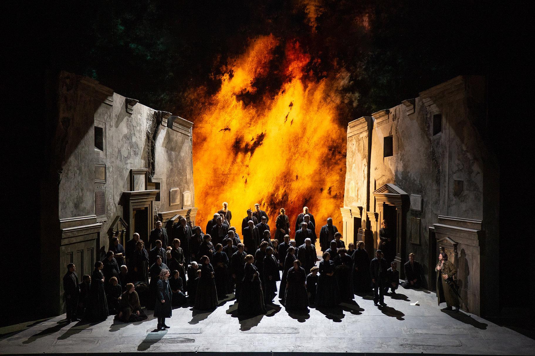 The Chicago Lyric Opera Choir in