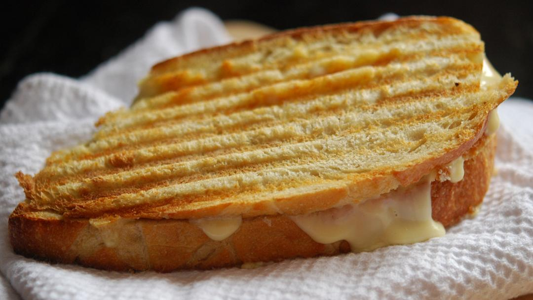 The humble, comforting grilled cheese gets its day in the sun this weekend. (Vanessa Druckman / Flickr)