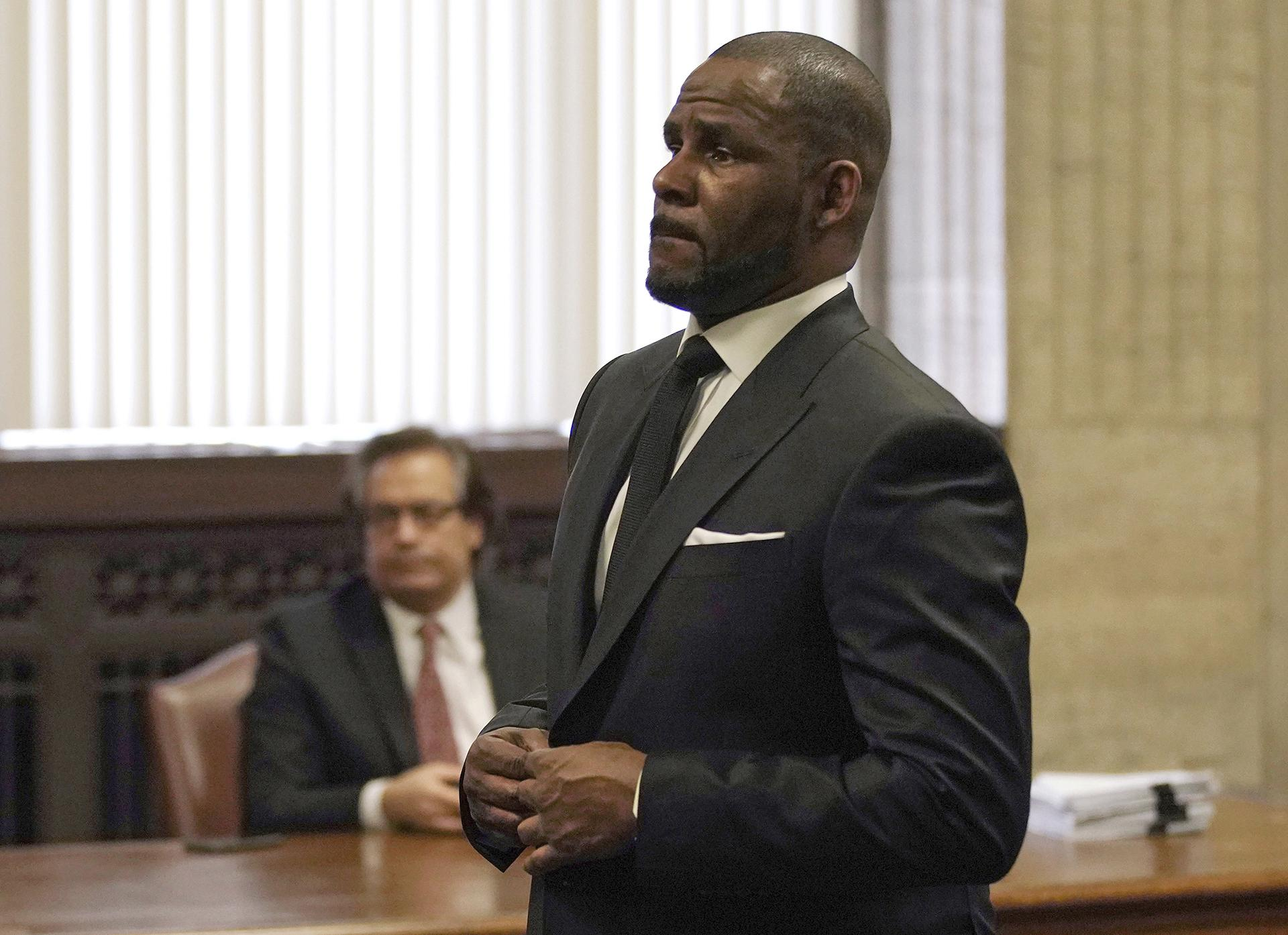 R. Kelly appears for a hearing at the Leighton Criminal Court Building on Friday, March 22, 2019 in Chicago. (E. Jason Wambsgans / Chicago Tribune via AP, Pool)