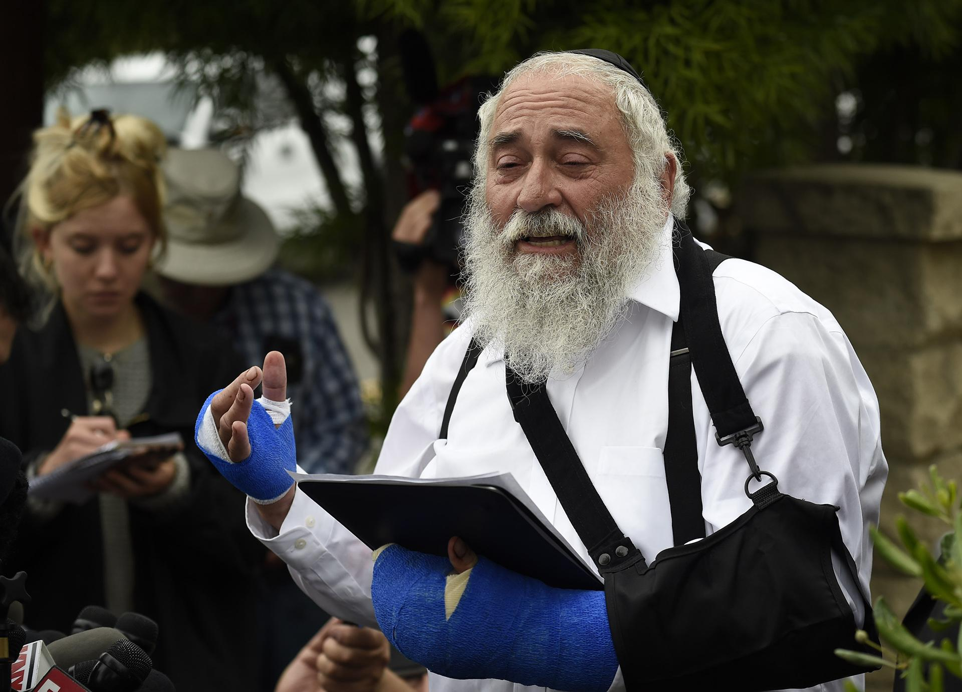 Rabbi Yisroel Goldstein speaks at a news conference at the Chabad of Poway synagogue, Sunday, April 28, 2019, in Poway, California. (AP Photo / Denis Poroy)