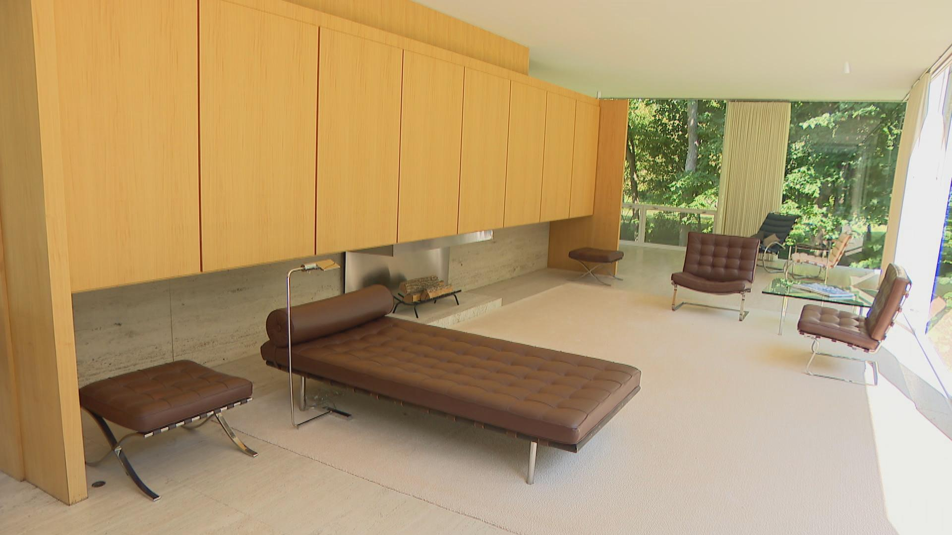 Revisiting Farnsworth House, a Masterpiece of Modern ... on