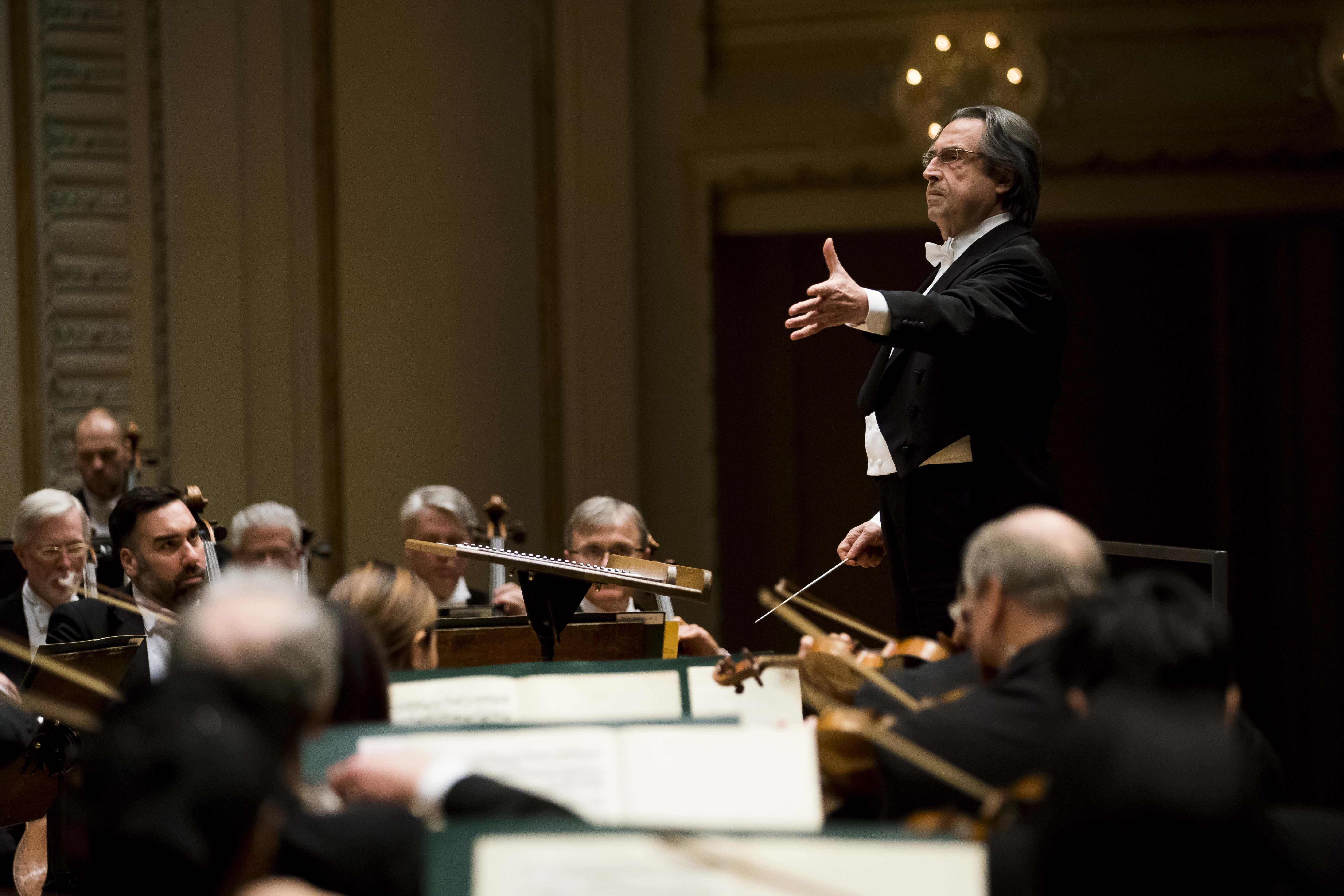 "Music director Riccardo Muti leads the CSO in Weber's Overture to ""Oberon."" (Credit: Todd Rosenberg)"