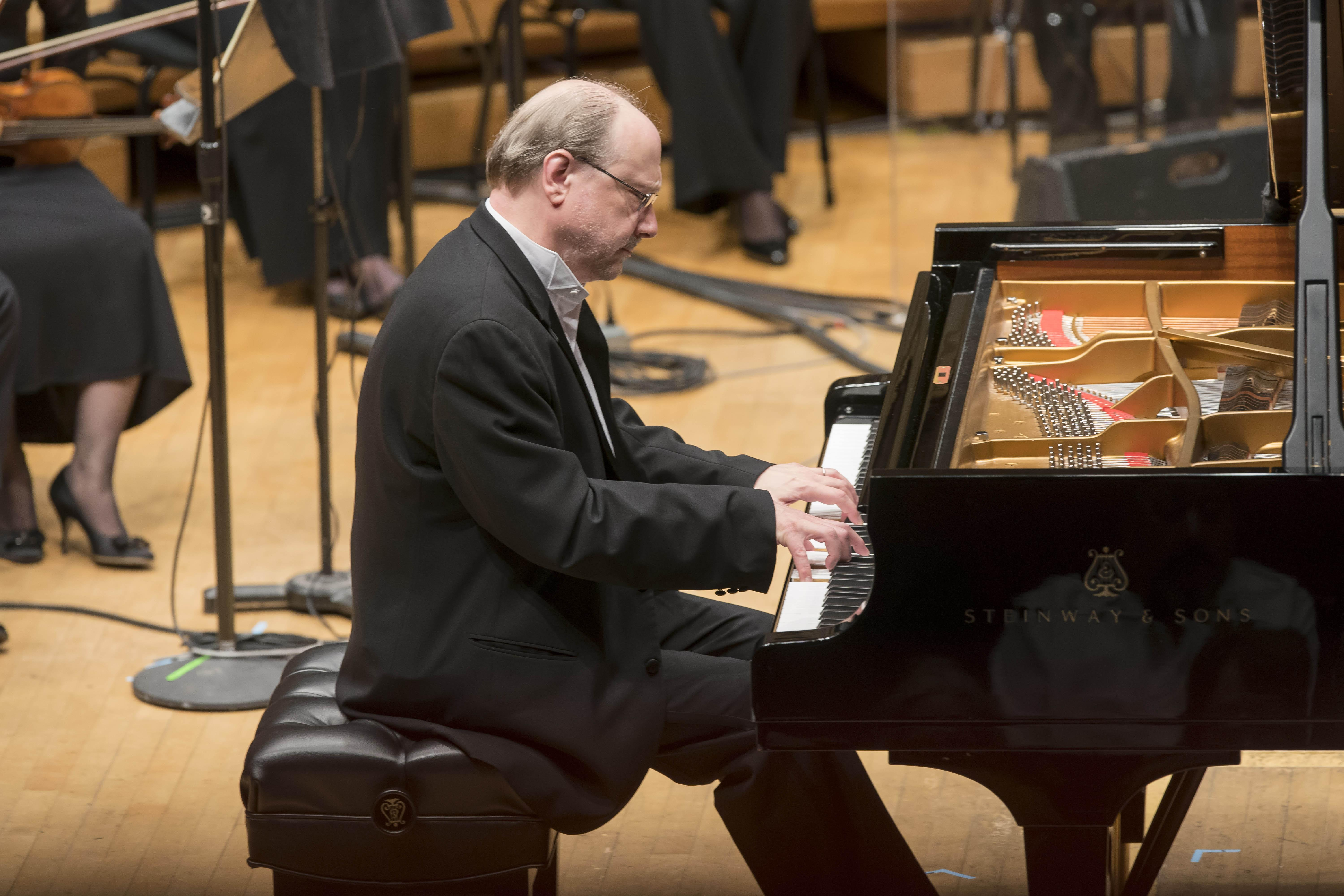 Marc-André Hamelin performed Gershwin's Rhapsody in Blue with the Chicago Symphony Orchestra for the CSOA's 29th annual Corporate Night Concert on June 11, 2018. (Credit: Todd Rosenberg)
