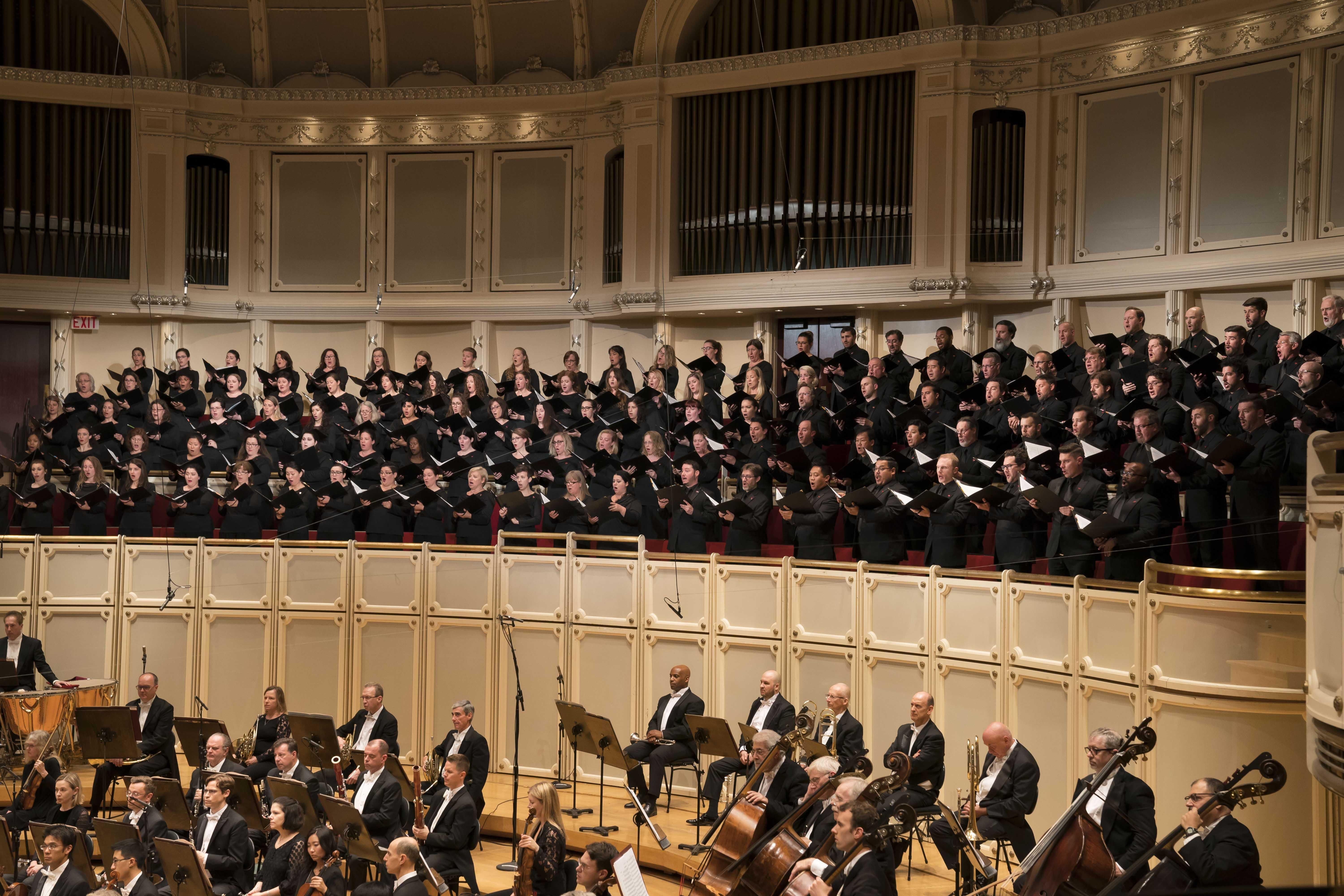 "The Chicago Symphony Chorus performs Rossini's ""Stabat mater"" with the Chicago Symphony Orchestra led by Music Director Riccardo Muti. (© Todd Rosenberg)"