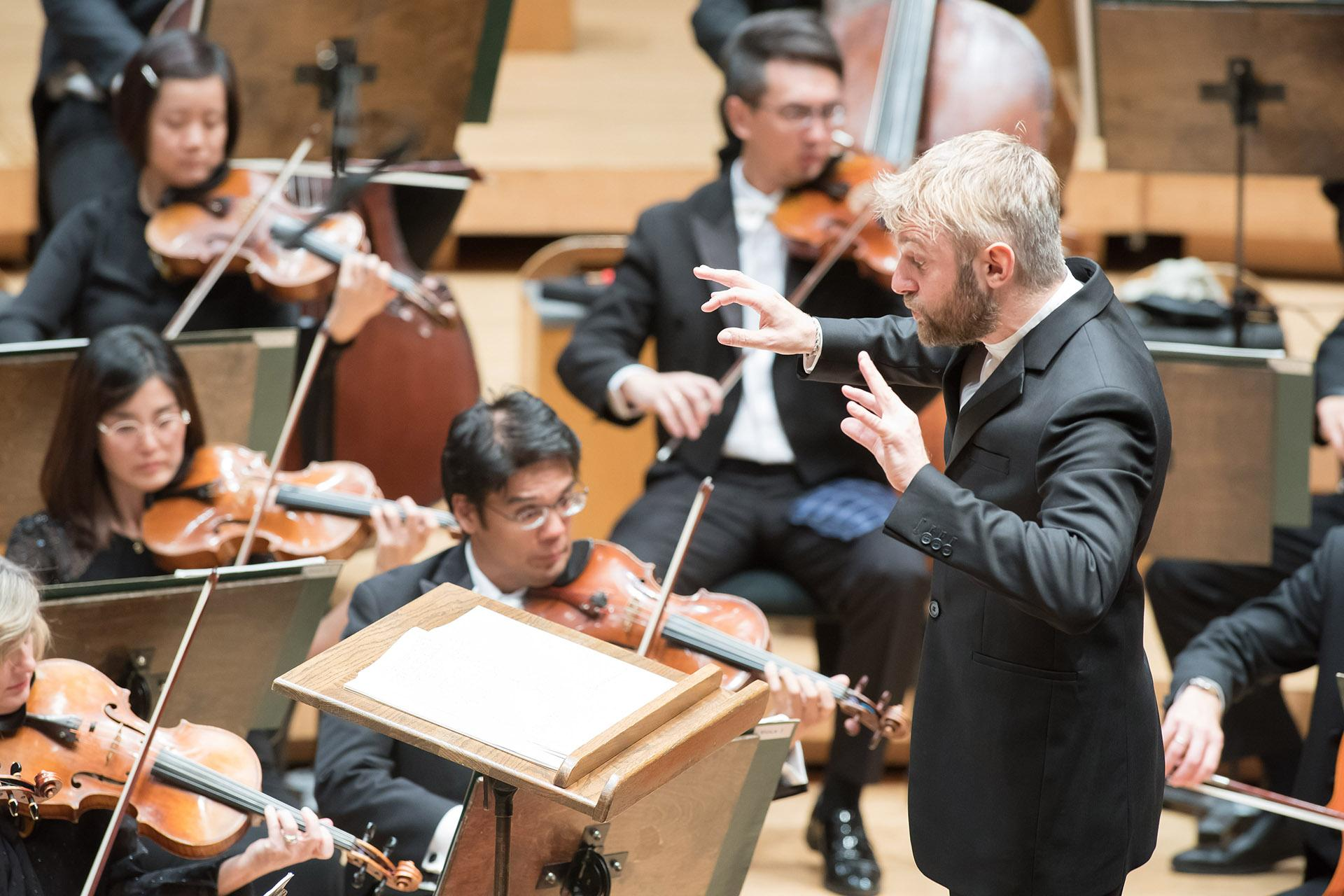 Conductor Kirill Karabits makes his CSO debut at Symphony Center on Oct. 10, 2019. (Photo by Anne Ryan)