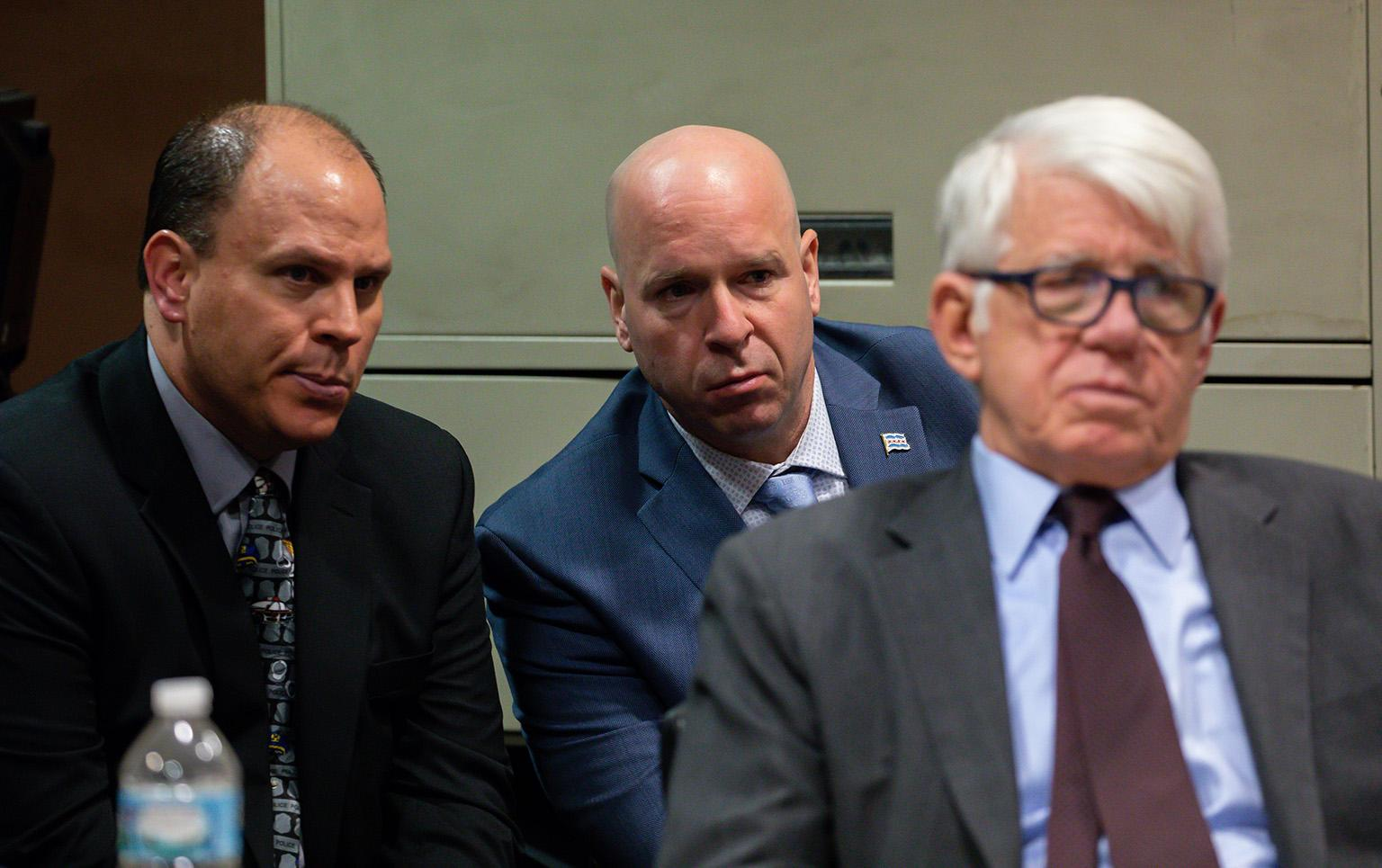 The trial of Chicago police Officer Thomas Gaffney, left, former Detective David March (not pictured) and ex-Officer Joseph Walsh, center, on Thursday, Dec. 6, 2018. (Zbigniew Bzdak / Chicago Tribune / Pool)