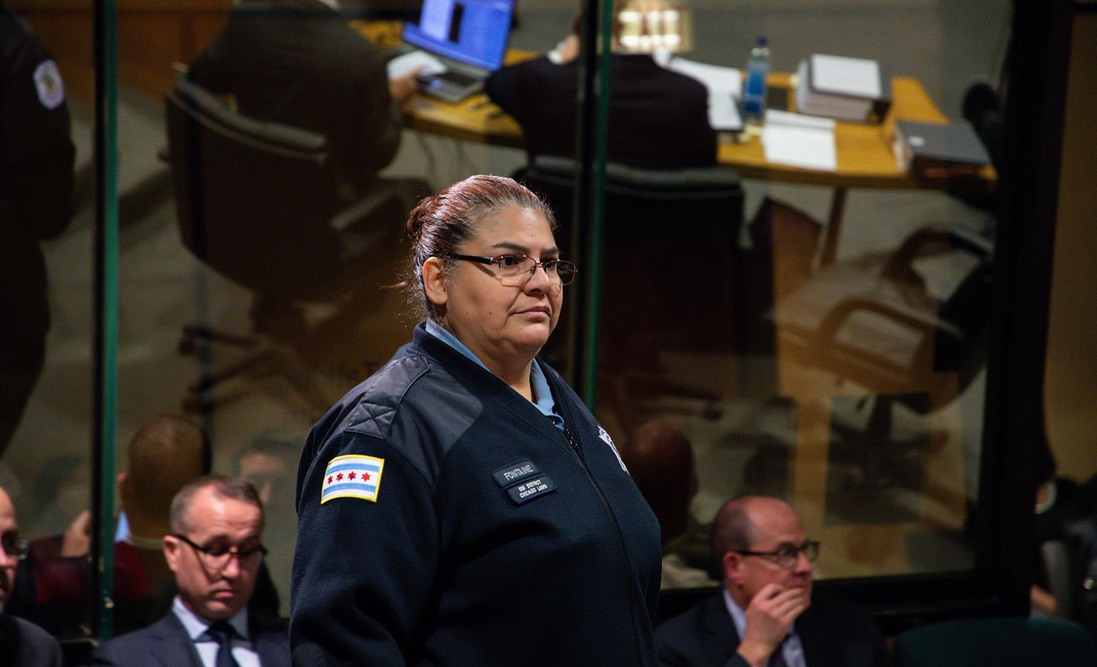 Chicago police Officer Dora Fontaine takes the witness stand on Wednesday, Nov. 28, 2018. (Zbigniew Bzdak / Chicago Tribune / Pool)