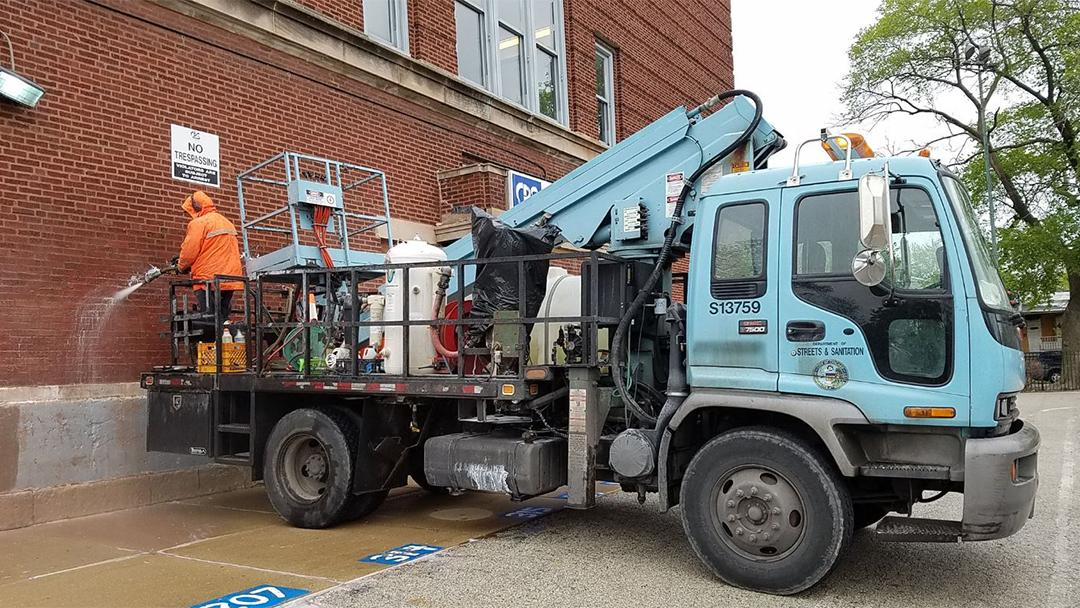 Chicago's Department of Streets and Sanitation added eight trucks and three crews to its graffiti removal fleet. (Department of Streets and Sanitation)