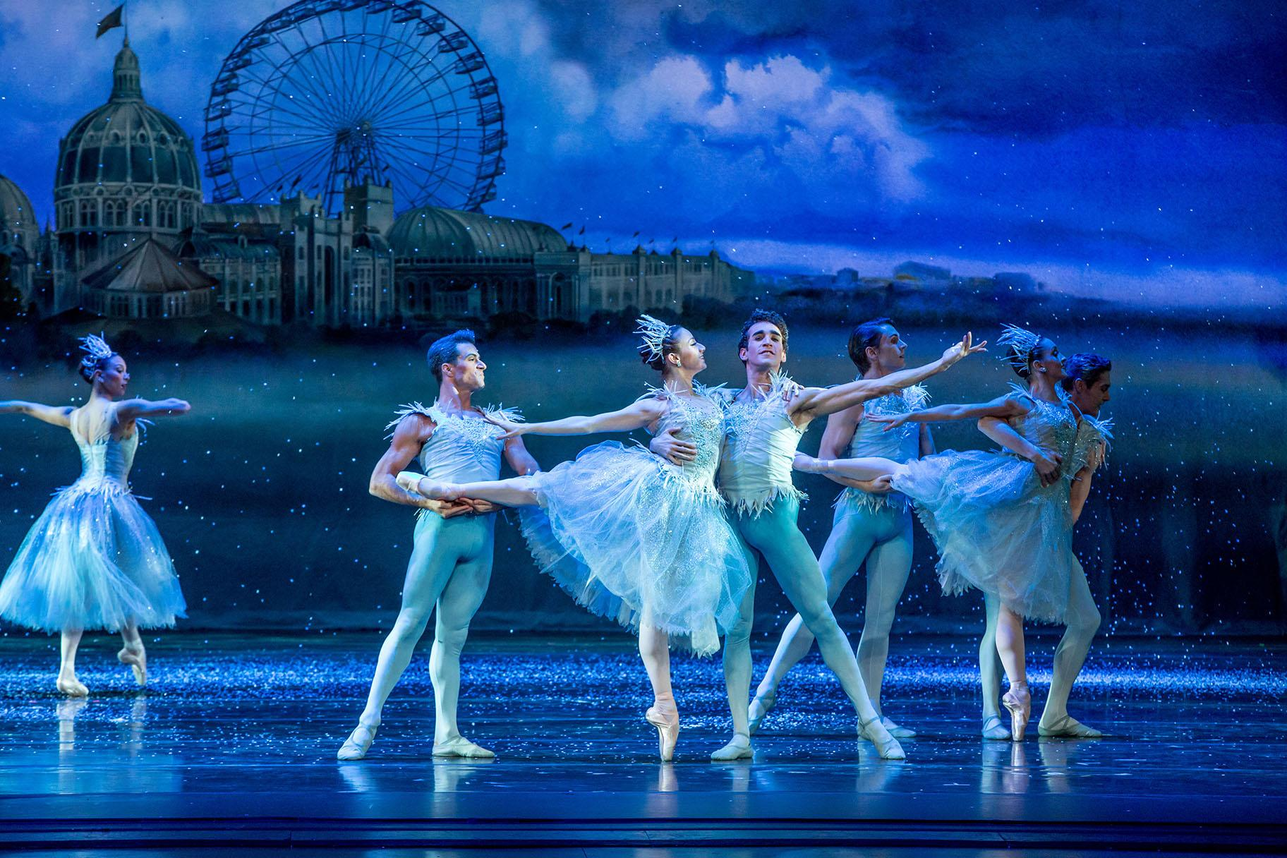 "Derrick Agnoletti, Nicole Ciapponi, Edson Barbosa and ensemble in ""The Nutcracker."" (Photo by Cheryl Mann)"