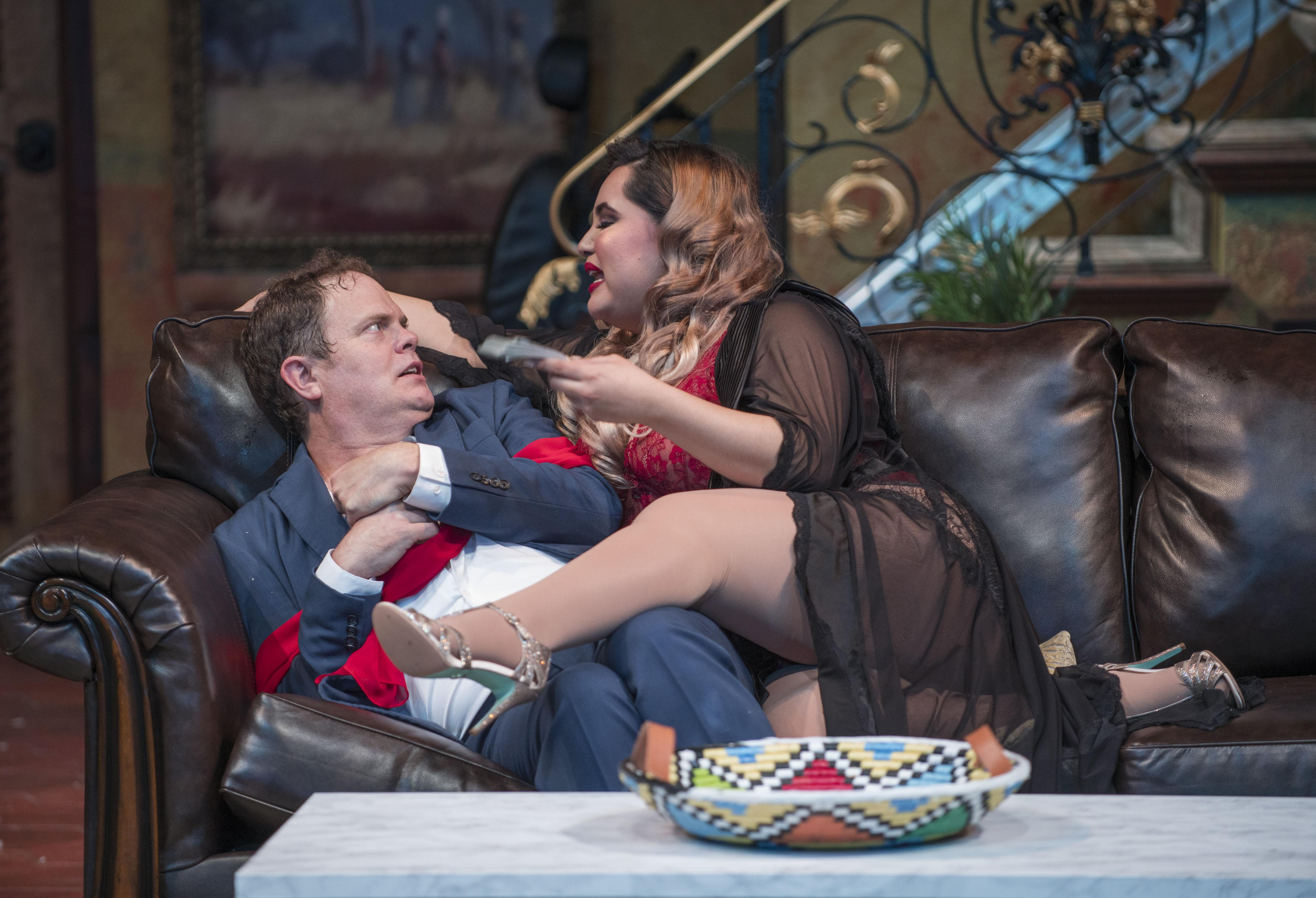 "Rainn Wilson and Karen Rodriguez in ""The Doppelgänger (an international farce)"" by Matthew-Lee Erlbach. (Photo by Michael Brosilow)"