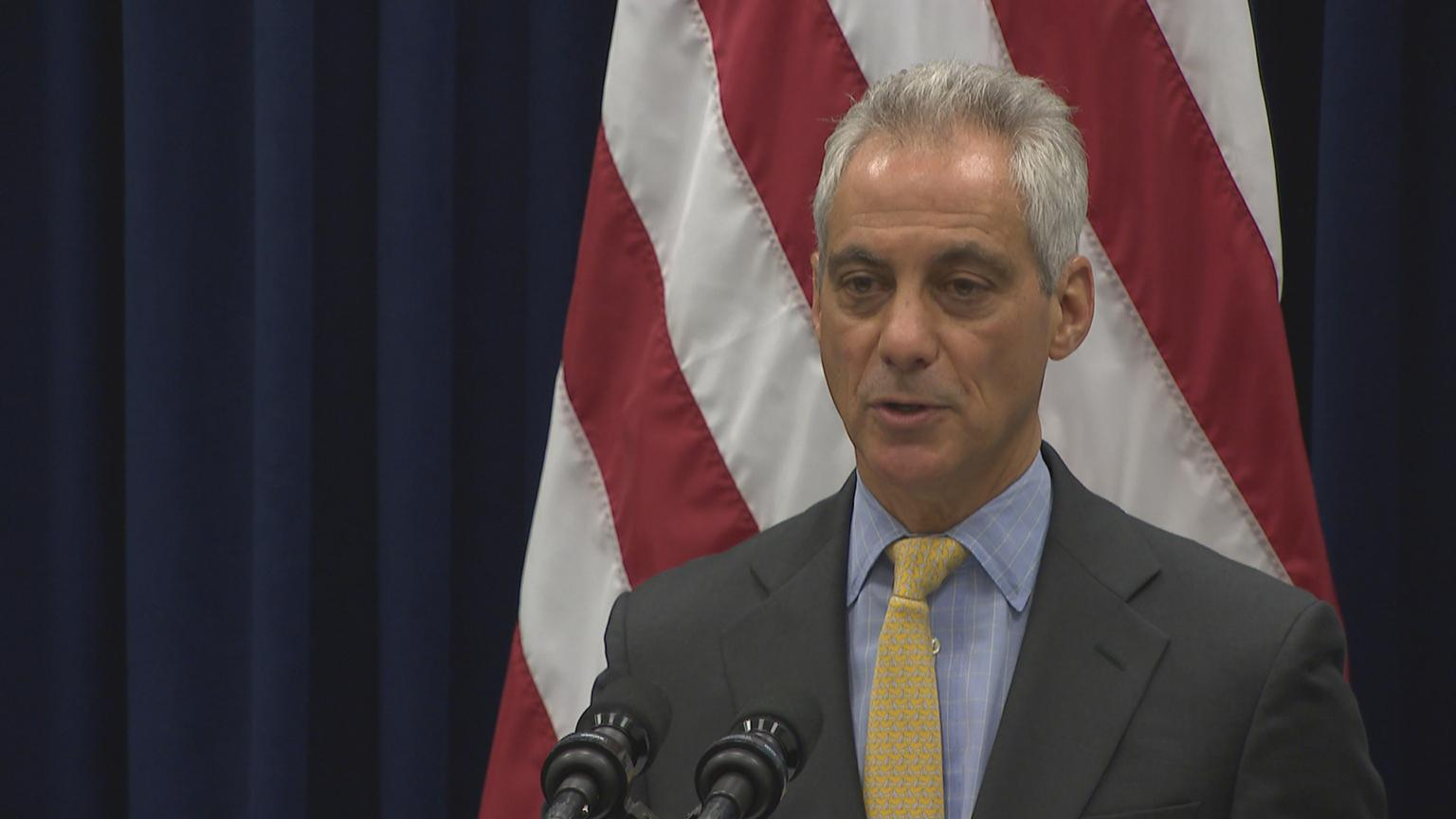 Chicago Mayor Rahm Emanuel speaks to the media on Wednesday, Oct. 31, 2018.