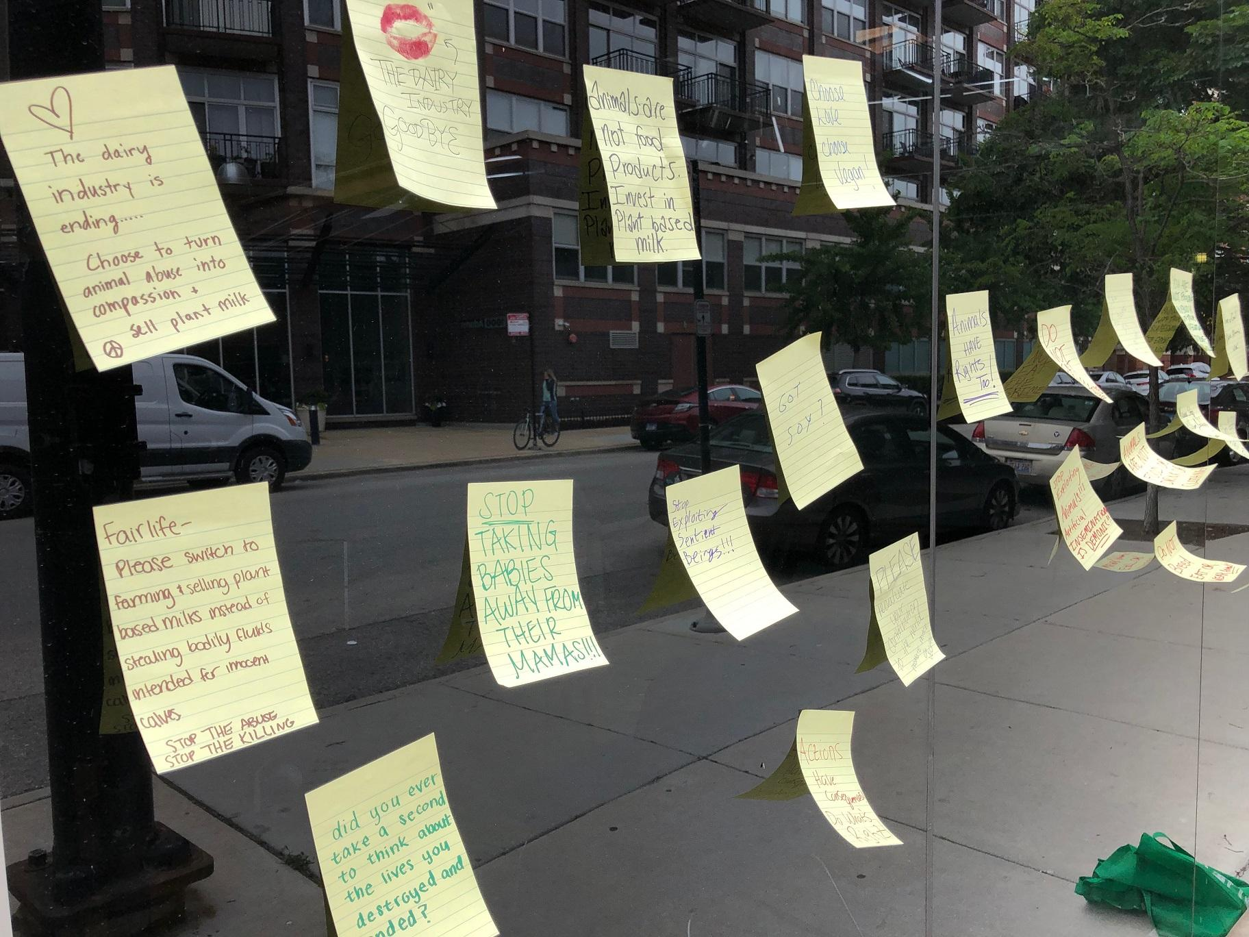 Notes left at Fairlife's Chicago headquarters by animal welfare advocates (Alex Ruppenthal / WTTW News)