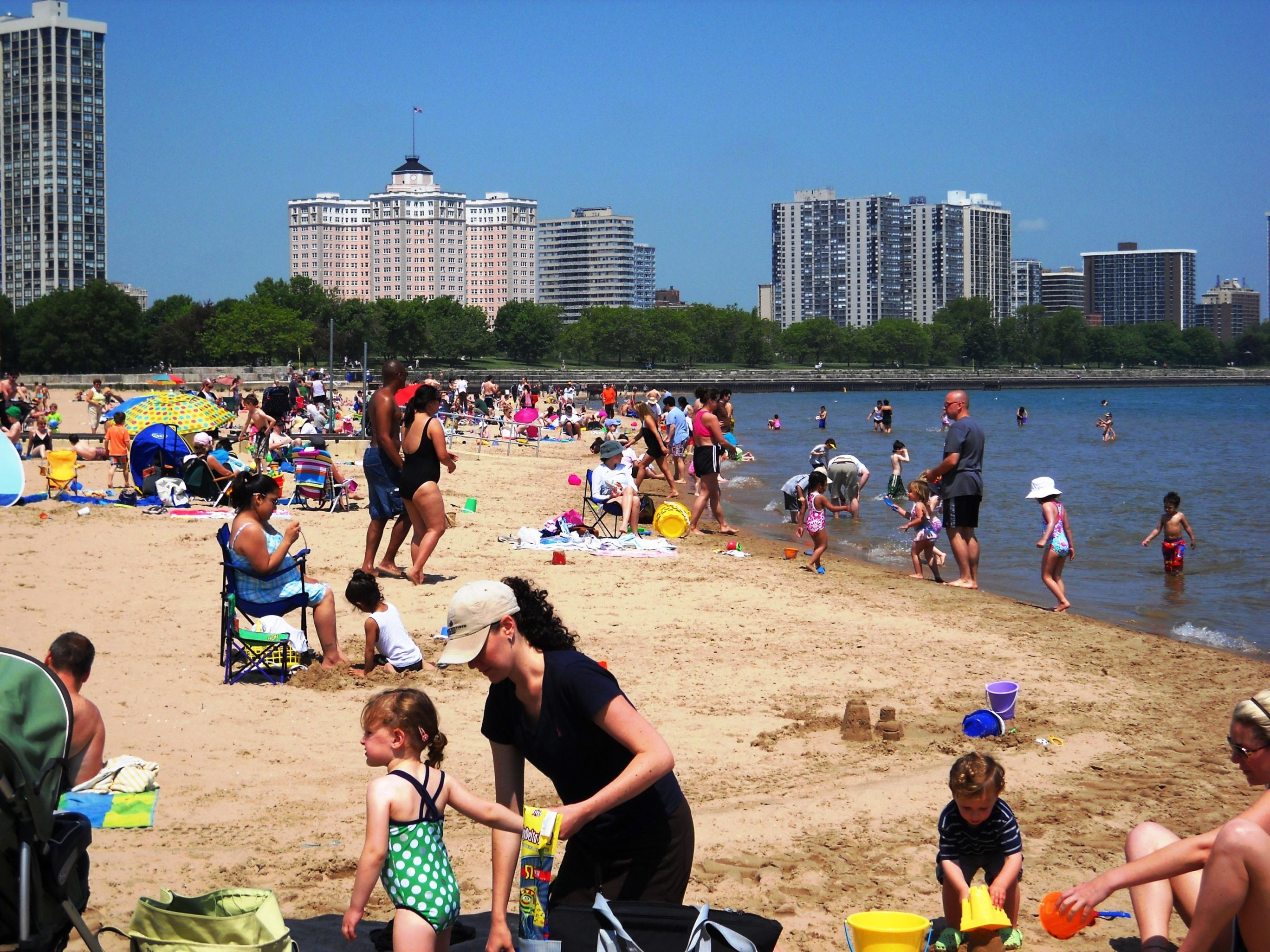 Foster Beach In Lincoln Park Alanscottwalker Wikimedia Commons
