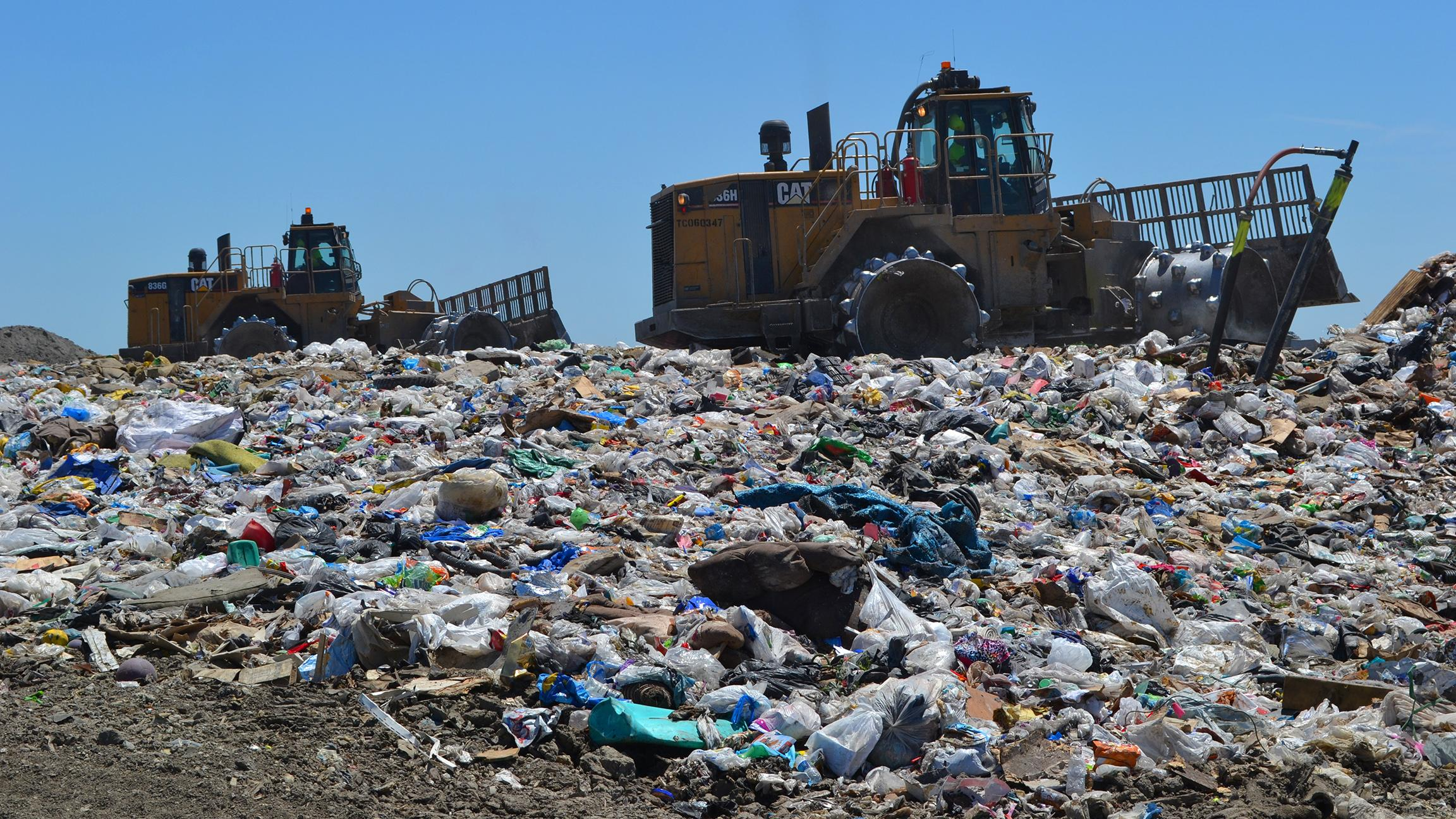 A landfill in Livingston County. Landfills account for nearly 20 percent of national emissions of methane, a greenhouse gas more harmful than carbon dioxide. (Chicago Tonight file photo)