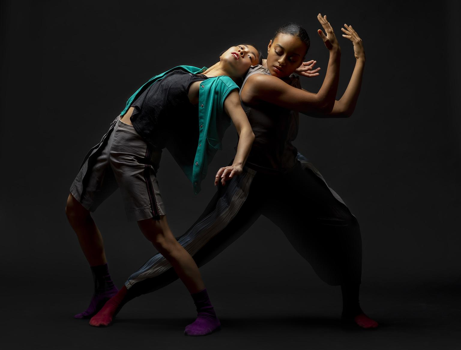Hubbard Street dancers Connie Shiau and Alysia Johnson. Concept by Rena Butler. (Photo by Todd Rosenberg)
