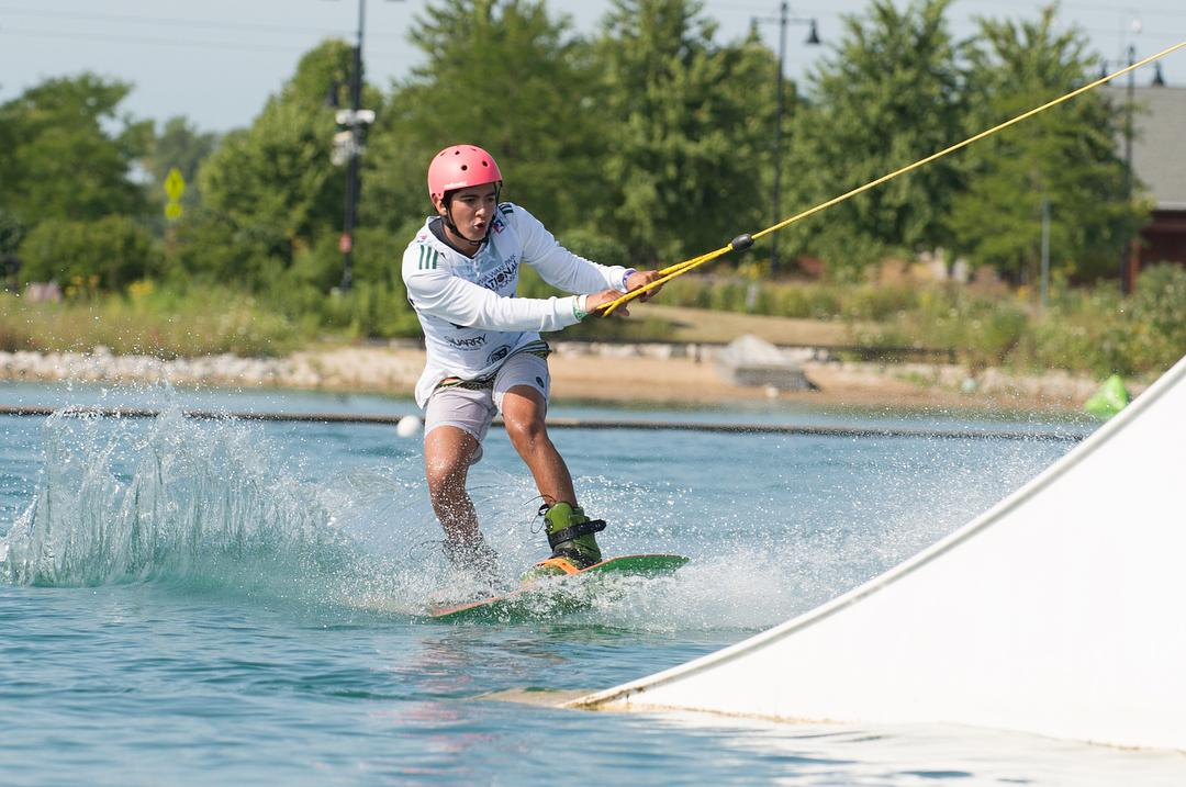 A wakeboarder at Quarry Cable Park in Crystal Lake (Picgra)
