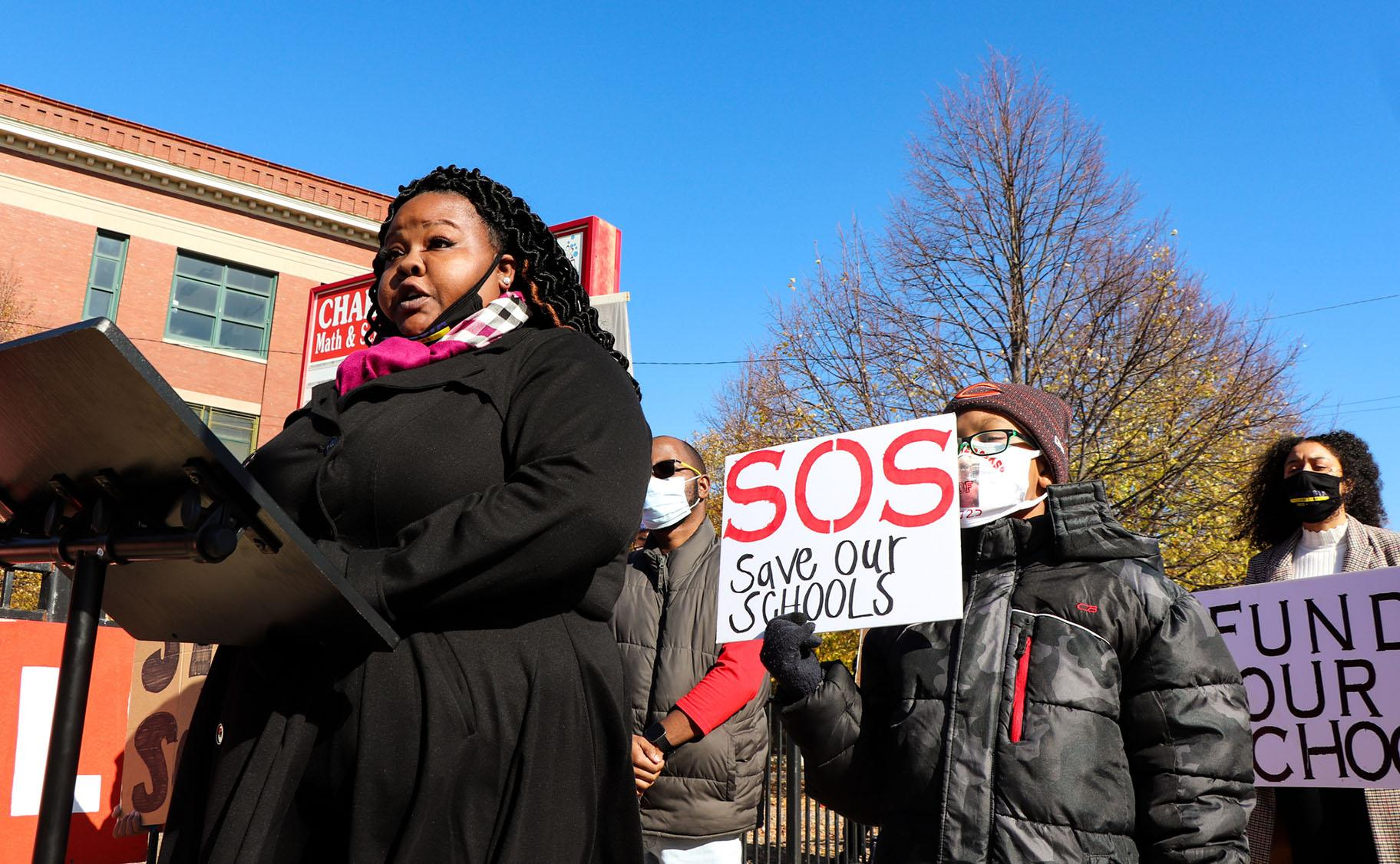 State Rep. Lakesia Collins speaks on Saturday, Oct. 31, 2020. (Grace Del Vecchio / WTTW News)