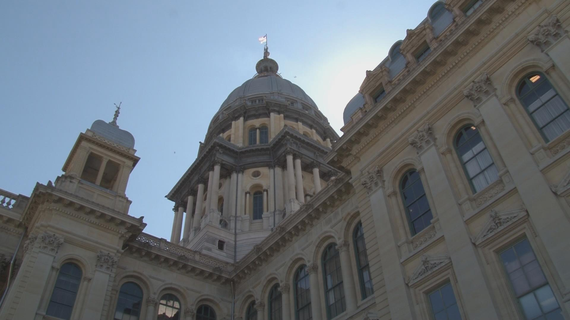 A look at Illinois' budget mess as lawmakers head to Capitol