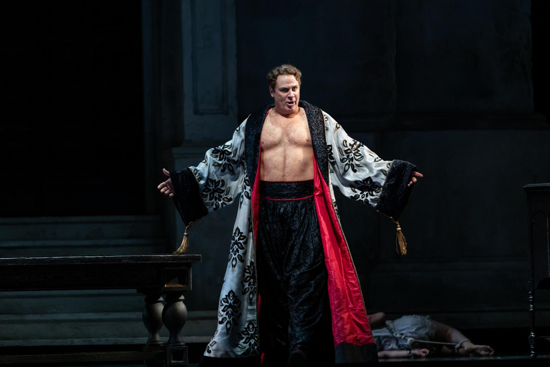 "Lucas Meachem in Lyric Opera of Chicago's ""Don Giovanni."" (Photo by Kyle Flubacker)"