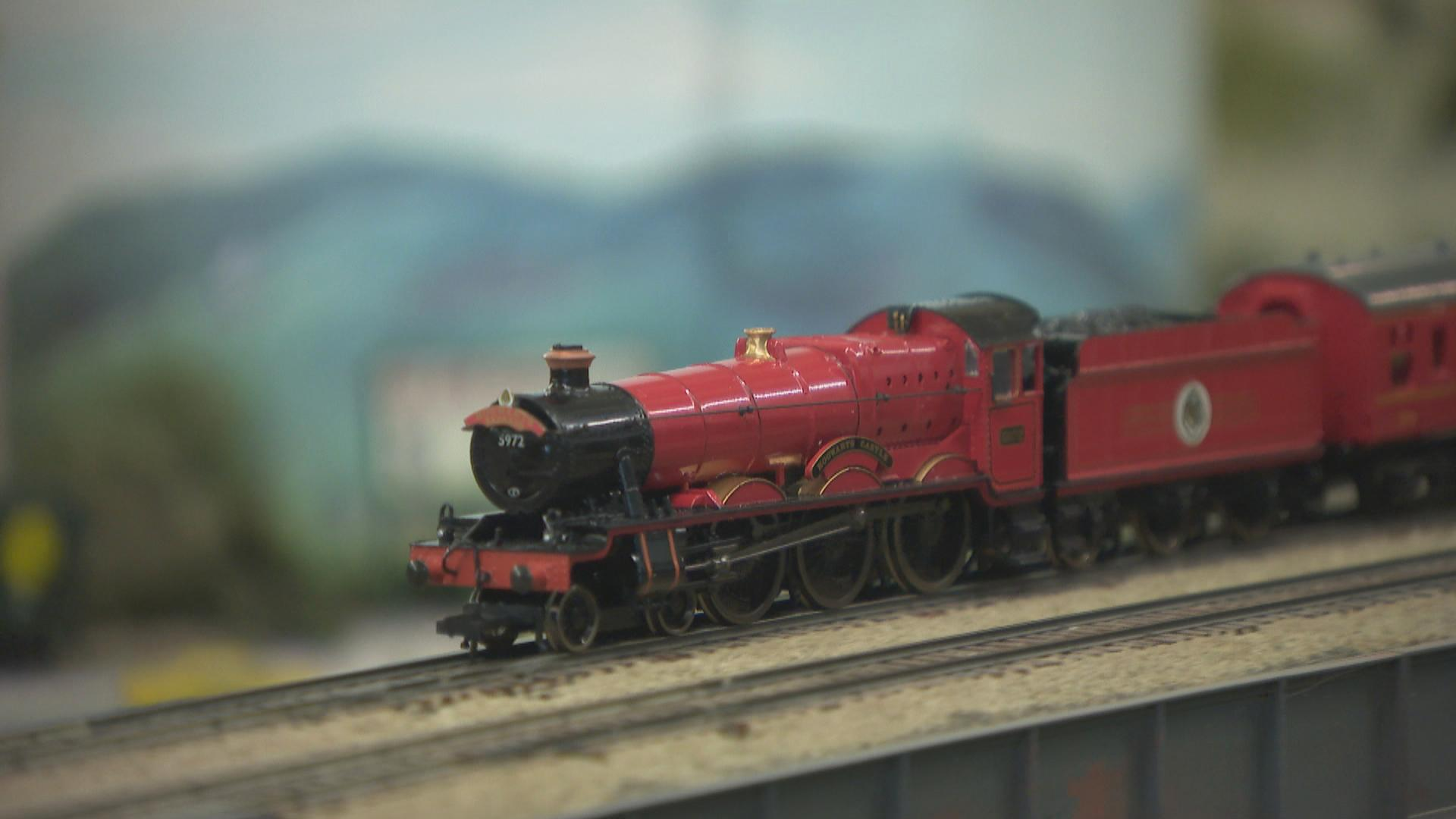 Model Railroad Club Chugs Along in Chicago for More Than 70