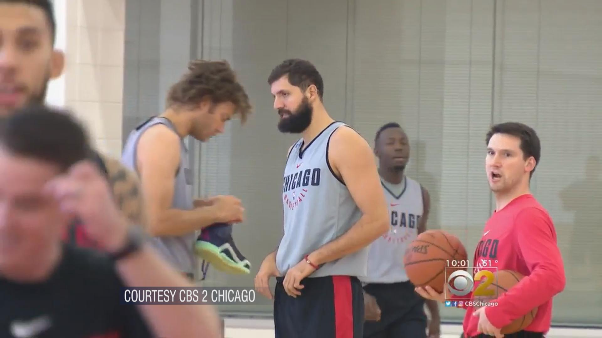 Nikola Mirotic, center. (Courtesy of CBS 2 Chicago)