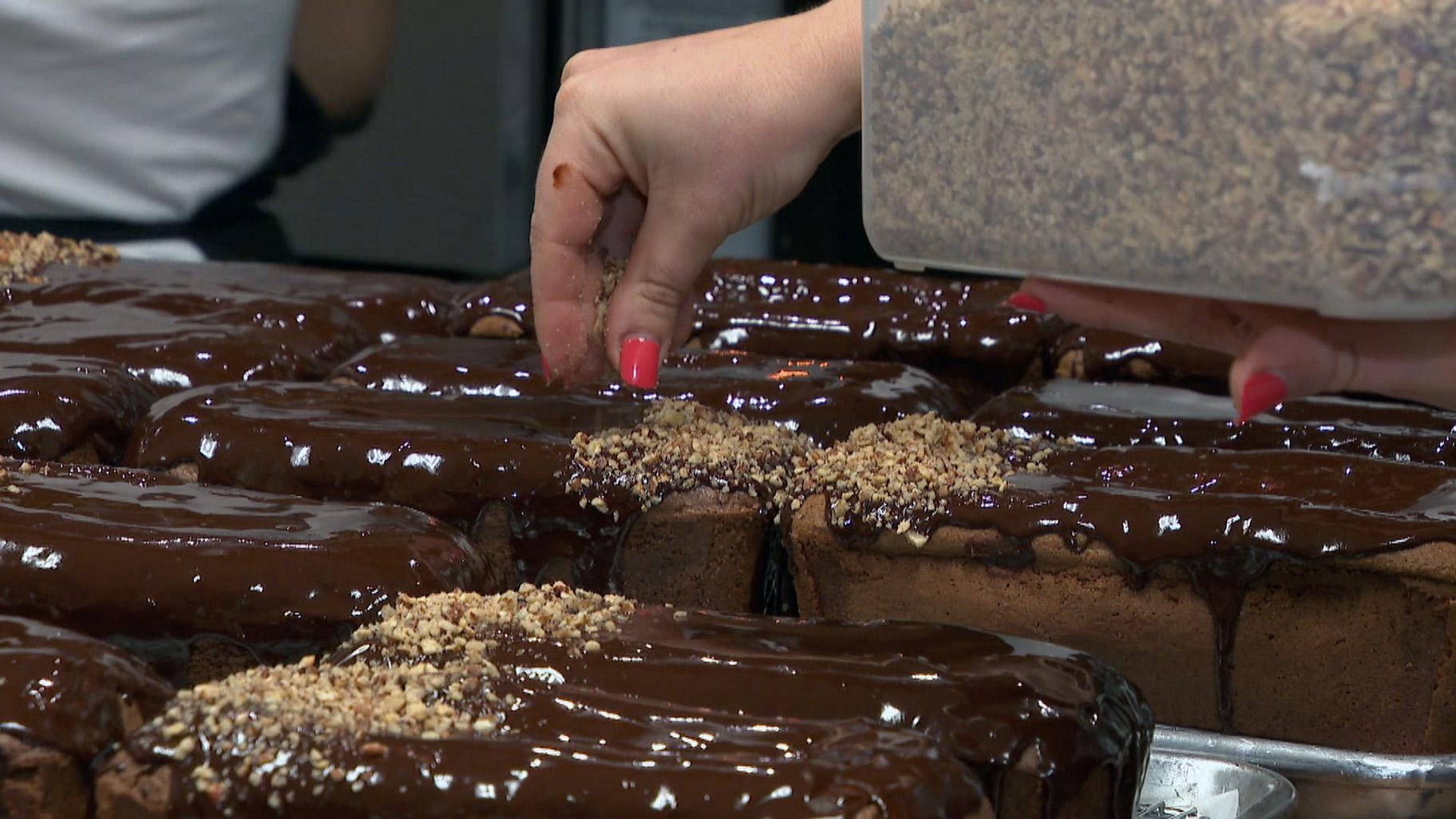 Flourless chocolate cake is a familiar dessert for many Jewish Chicagoans during Passover, when only unleavened bread is allowed on the table. (WTTW News)