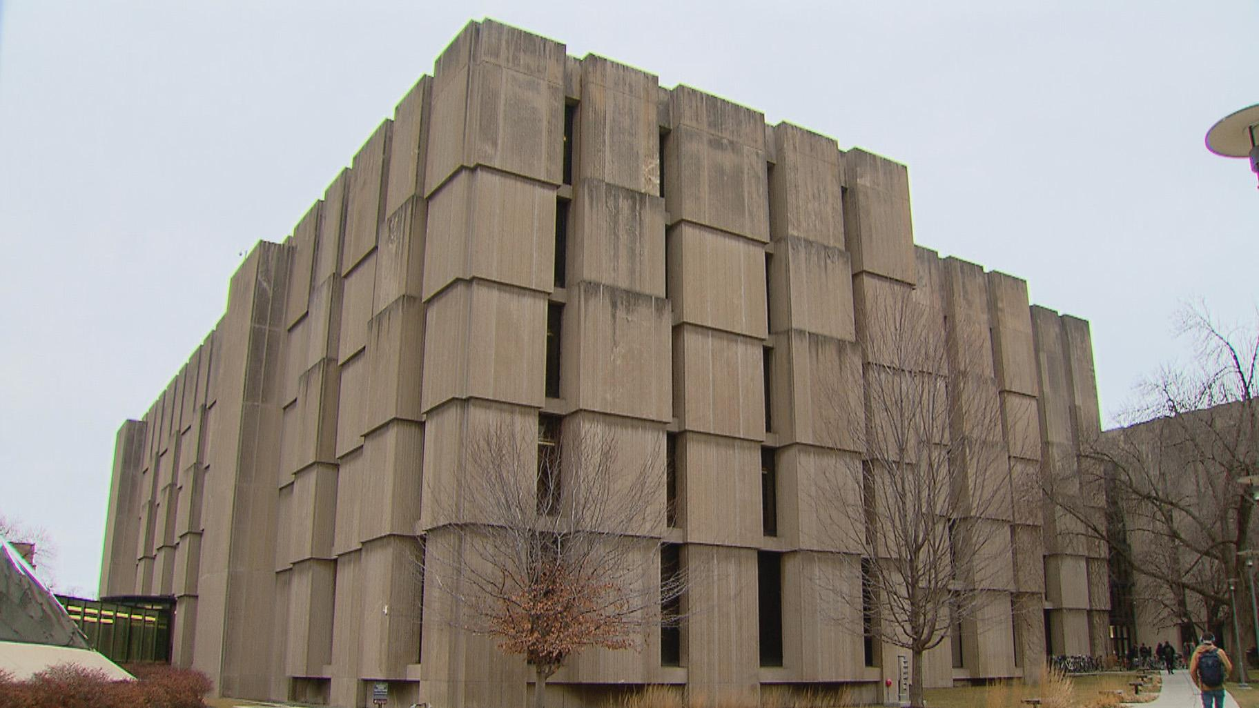 Regenstein Library at the University of Chicago (WTTW News)