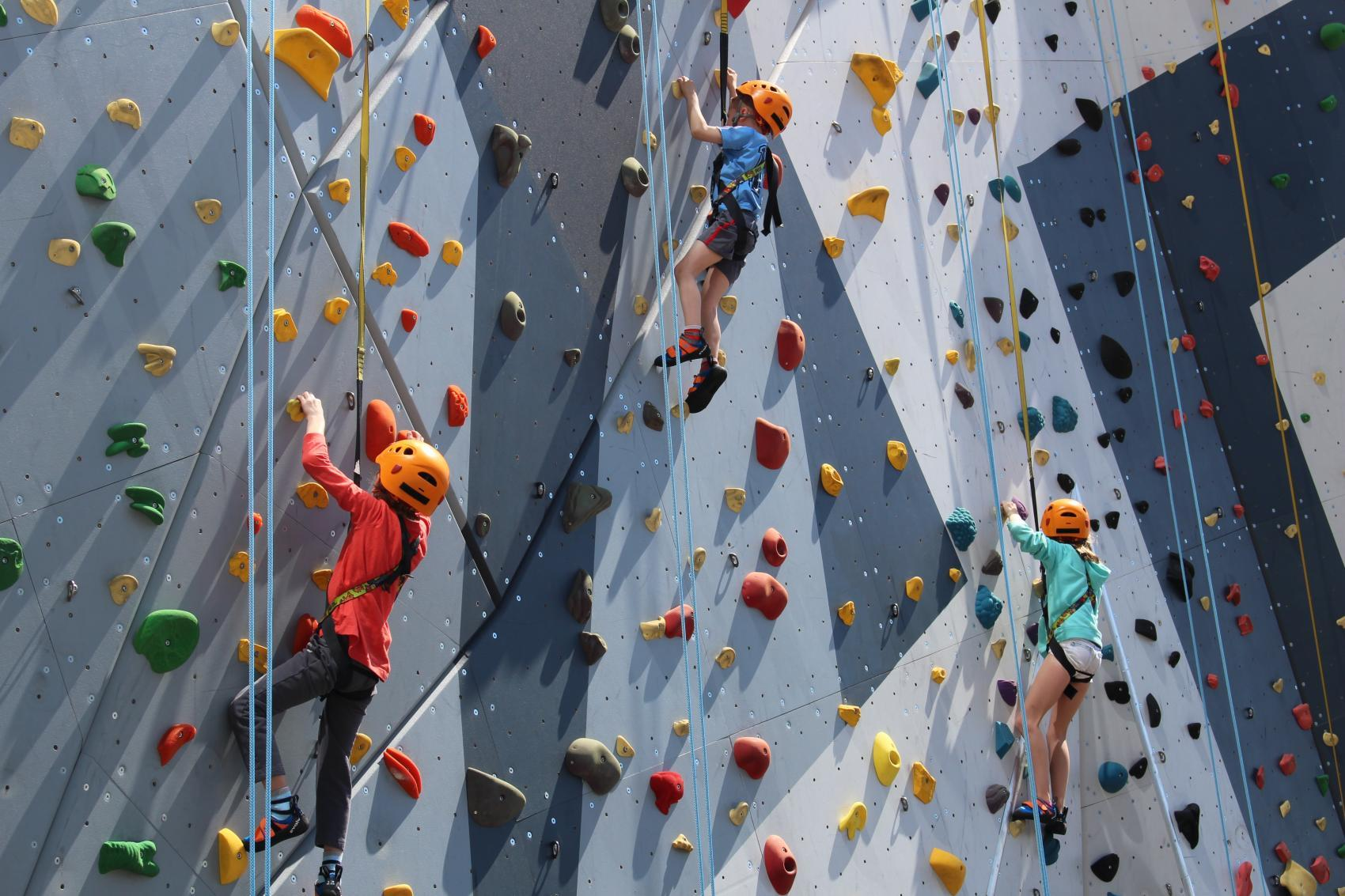 The Climbing Wall at Maggie Daley Park can hold up to 100 climbers at any given time. (Courtesy Chicago Park District)