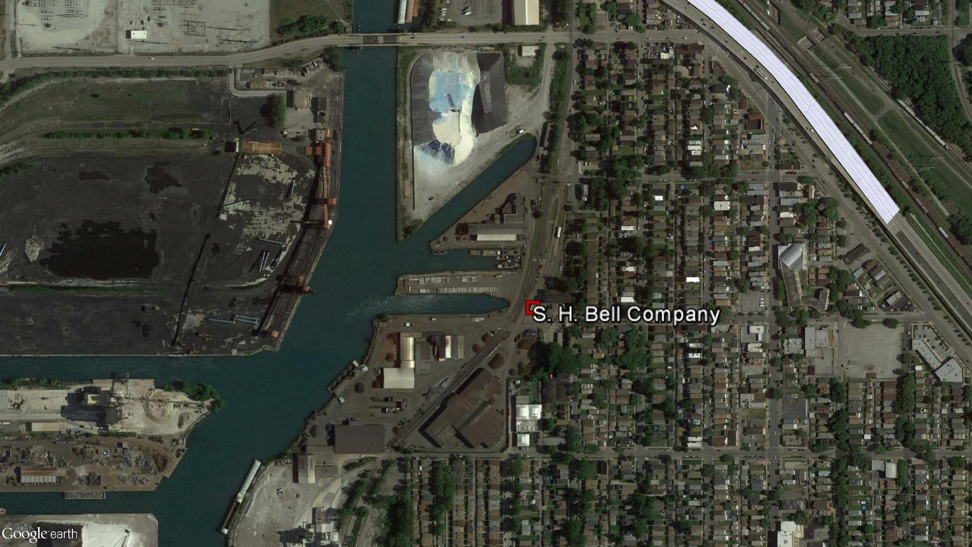 S.H. Bell's 36-acre site sits directly across the Calumet River from the now-closed KCBX North Terminal.