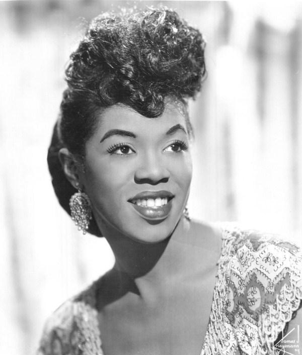 Sarah Vaughan in June 1955. (Photo by James Kriegsmann, New York via Wikimedia Commons)