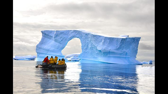 The Antarctic Peninsula (Courtesy Shedd Aquarium)