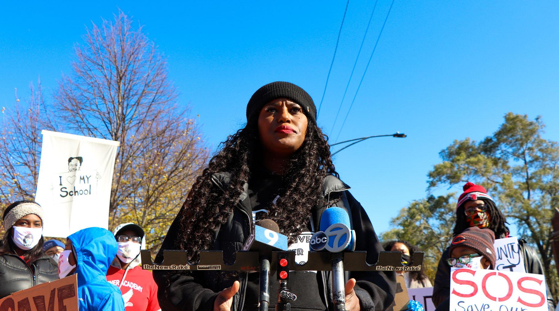 Chicago Teachers Union Vice President Stacy Davis Gates at the rally Saturday, Oct. 31, 2020. (Grace Del Vecchio / WTTW News)
