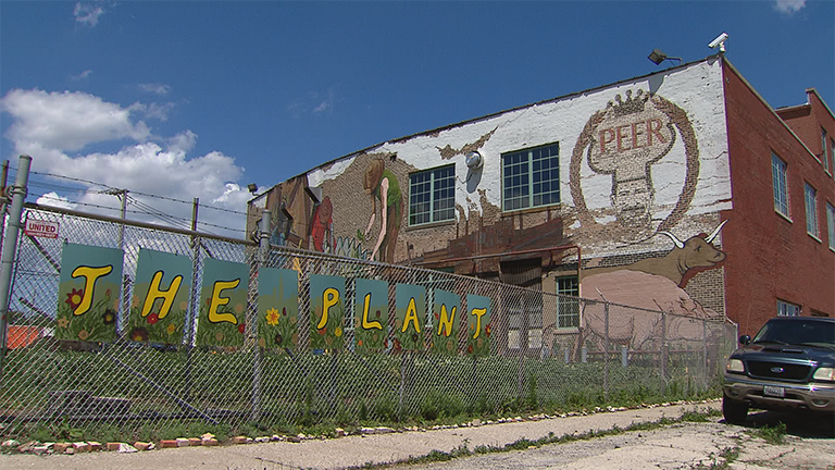 Local entrepreneurs are repurposing an old meatpacking plant in an effort to create something very unusual – a way of doing business that creates no trash. (Chicago Tonight)
