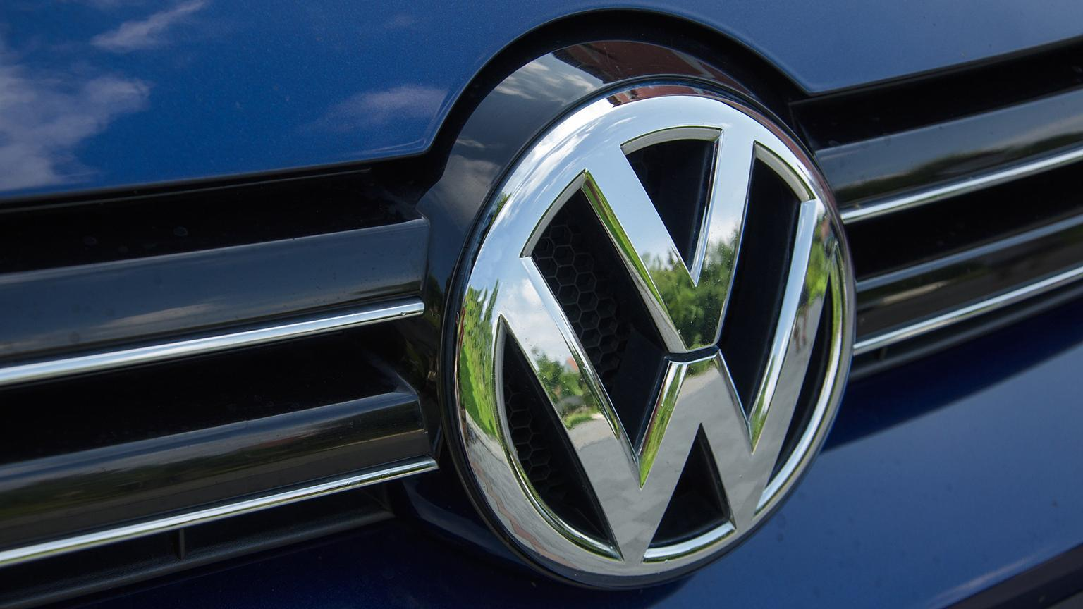 VW Settlement: Illinois Awards $19M for Cleaner Bus and Train