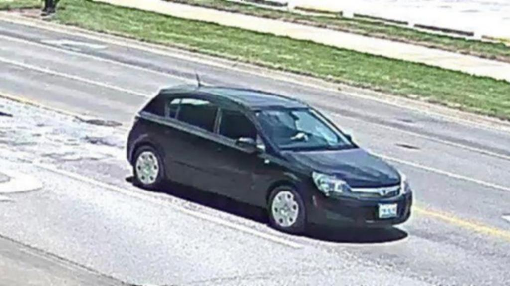 The black Saturn Astra that Yingying Zhang was seen entering the day she disappeared. (FBI)